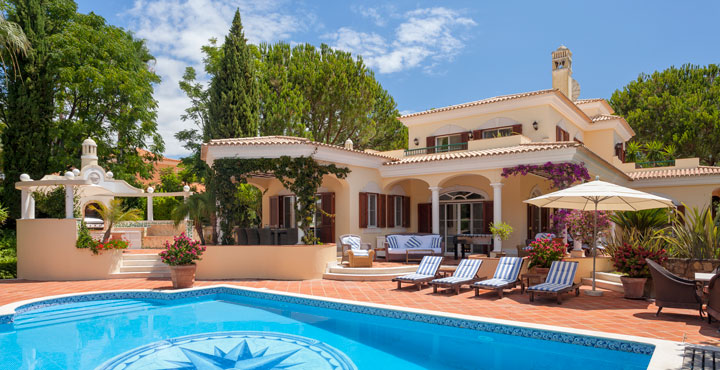 Luxury Holiday Villas in the Algarve Portugal, Tuscany Italy, Mallorca Spain, and Barbados