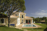 Algarve villas in the sunshine