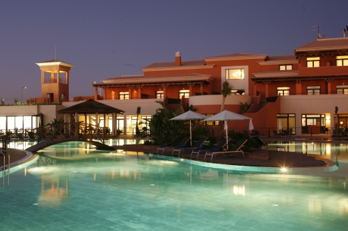 Monte Santo Club House - Night view