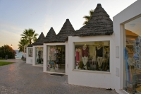 Shopping at the Praca - Vale do Lobo
