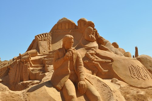 Sand sculpture Pera