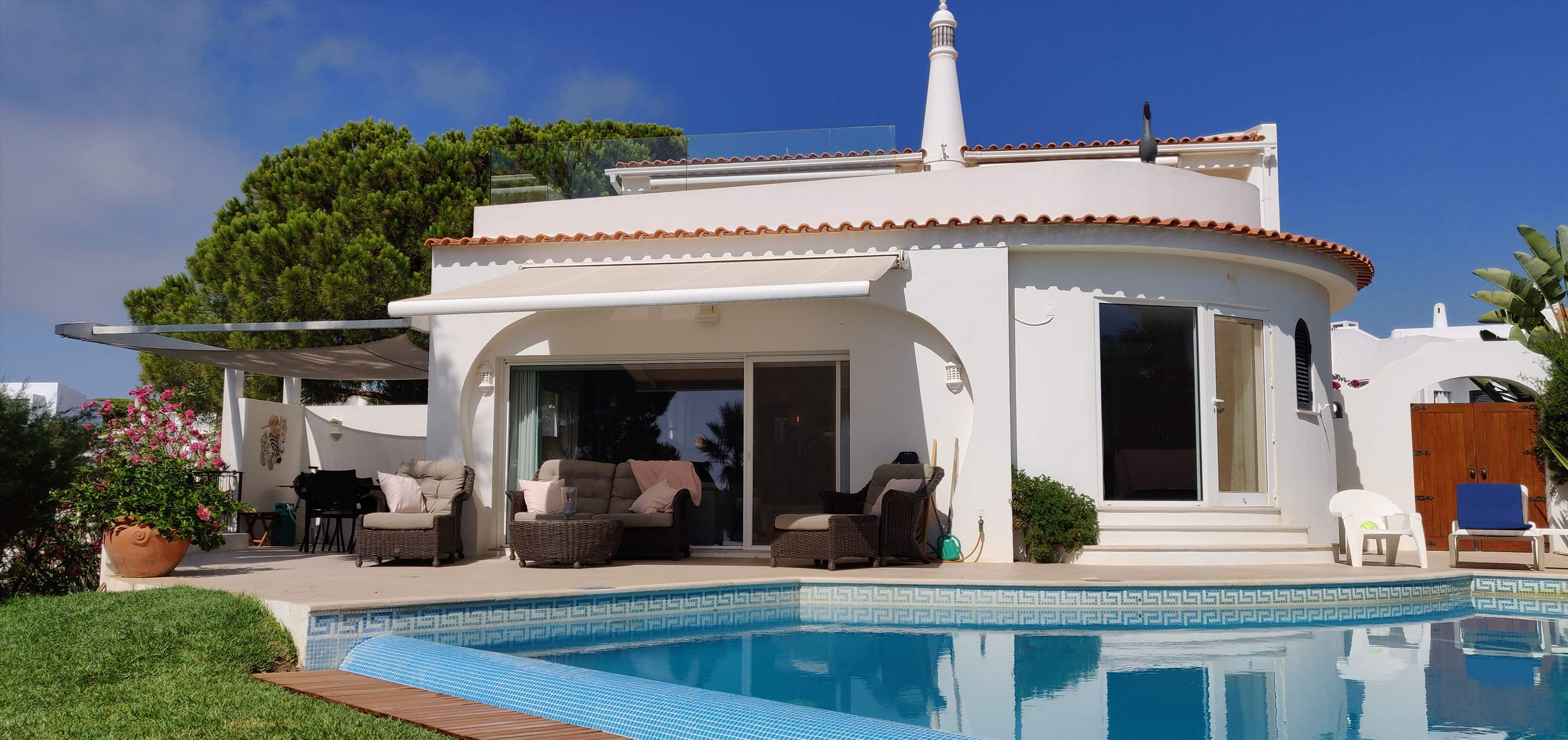 Villa Ocean Beach, 4 bedroom villa in Vale do Lobo, Algarve Photo #10
