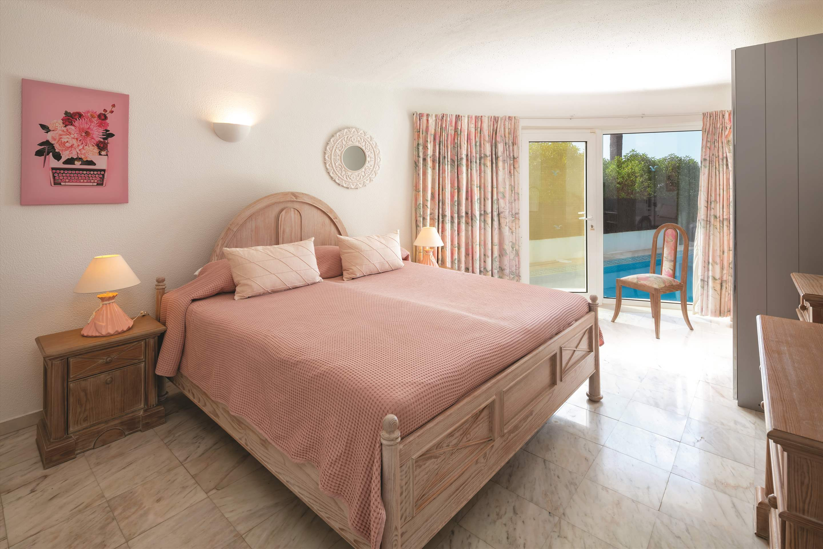 Villa Ocean Beach, 4 bedroom villa in Vale do Lobo, Algarve Photo #14