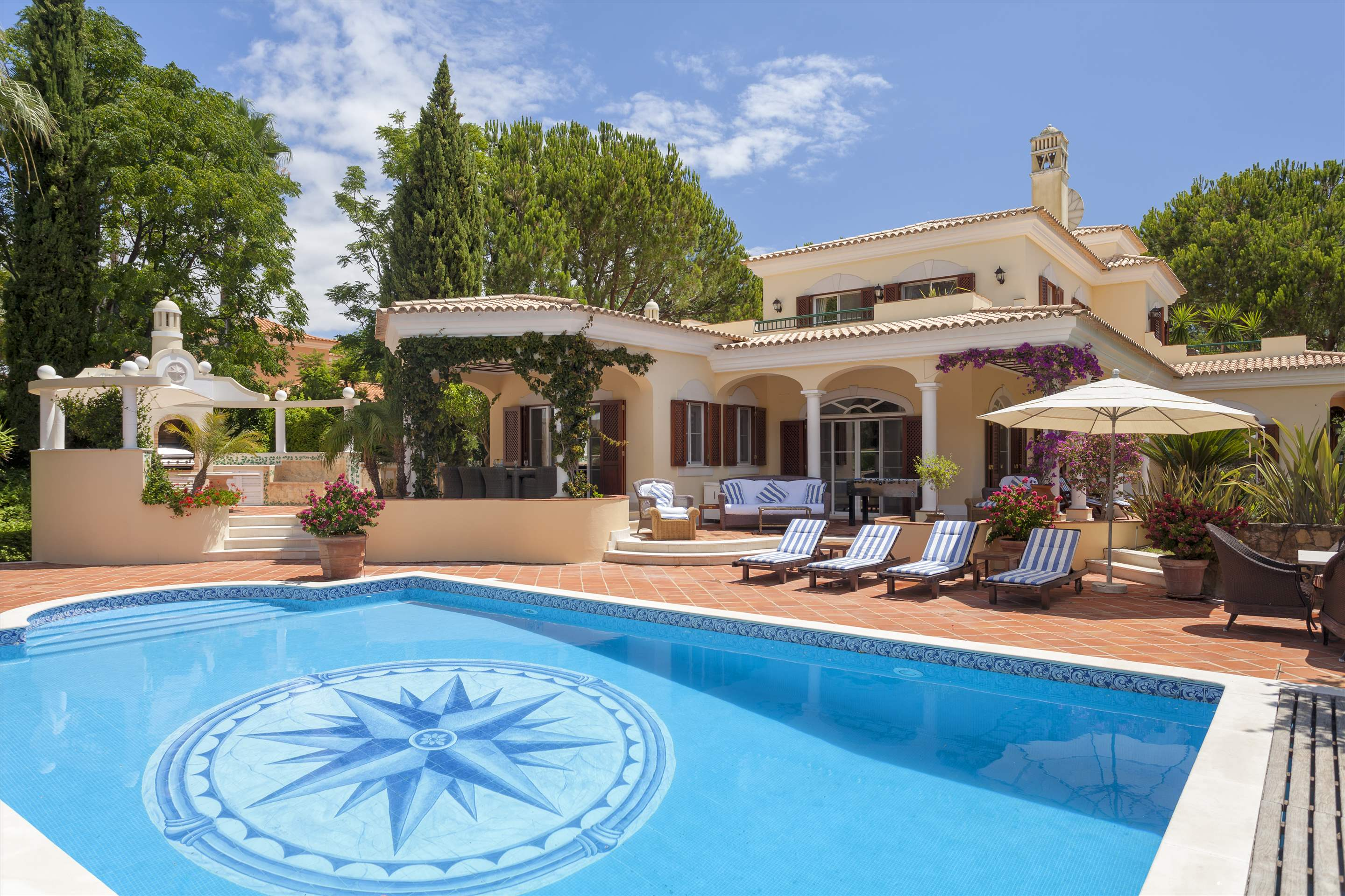 Villa Panache, 4 bedroom villa in Quinta do Lago, Algarve Photo #1