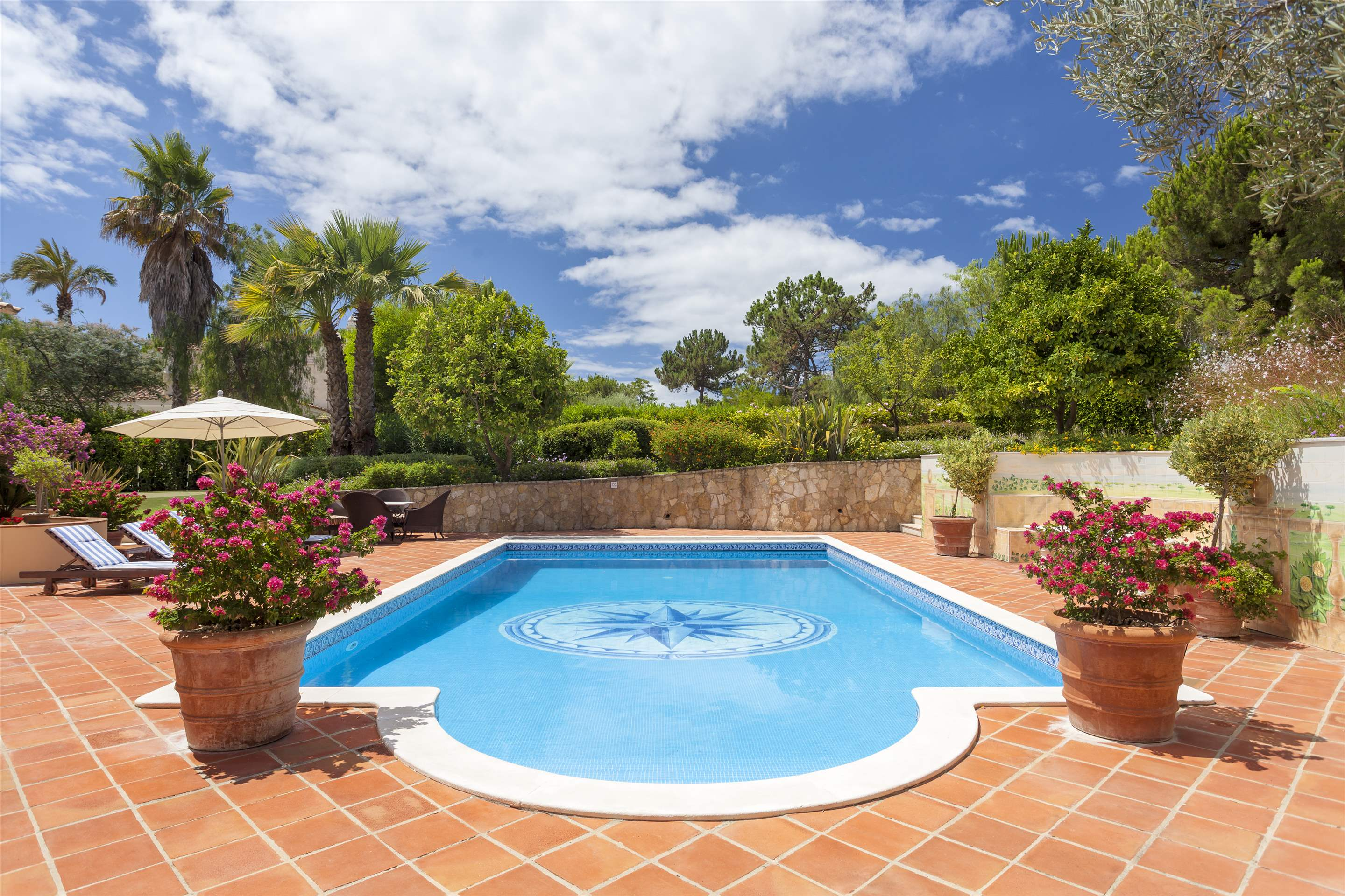 Villa Panache, 4 bedroom villa in Quinta do Lago, Algarve Photo #19