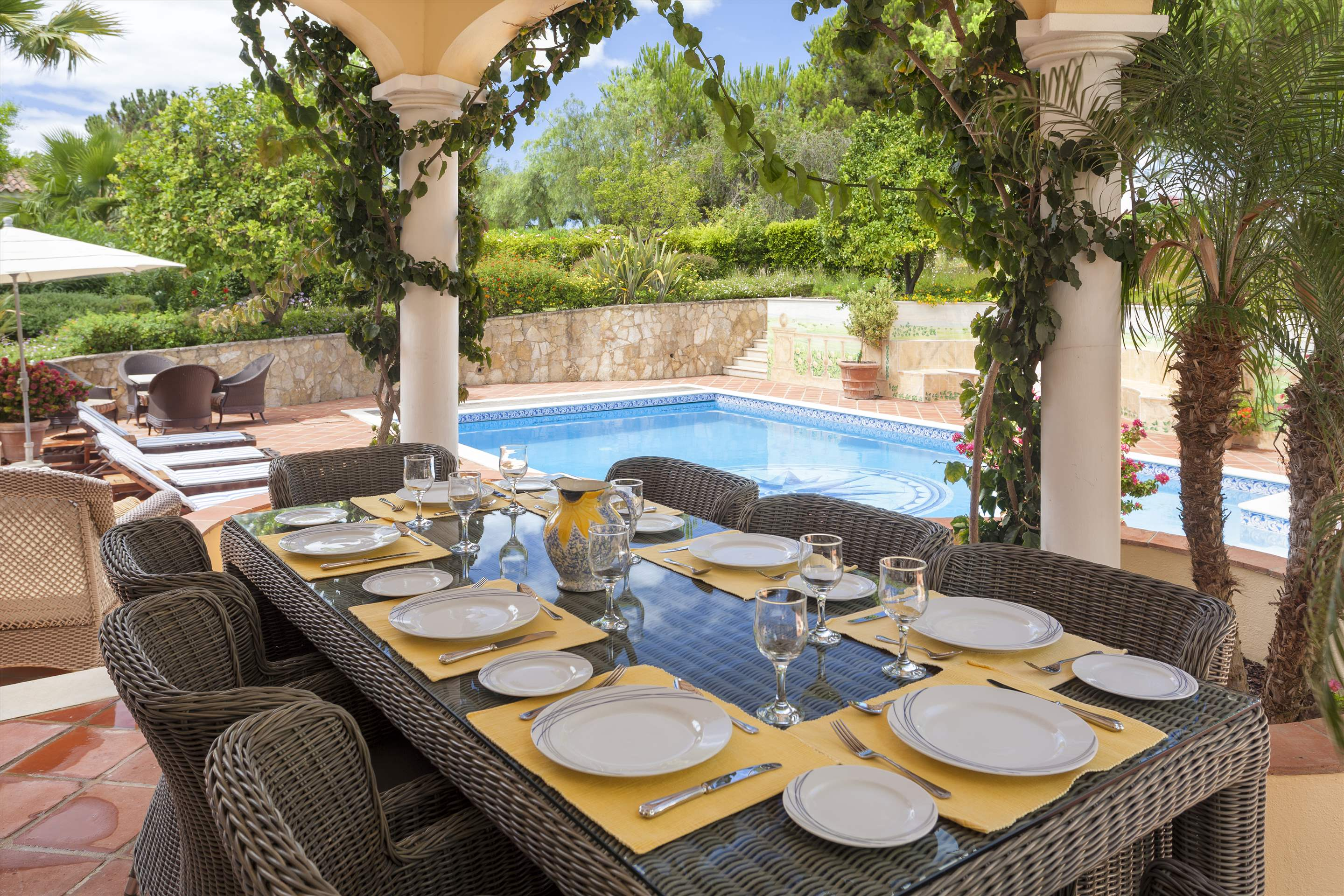 Villa Panache, 4 bedroom villa in Quinta do Lago, Algarve Photo #2