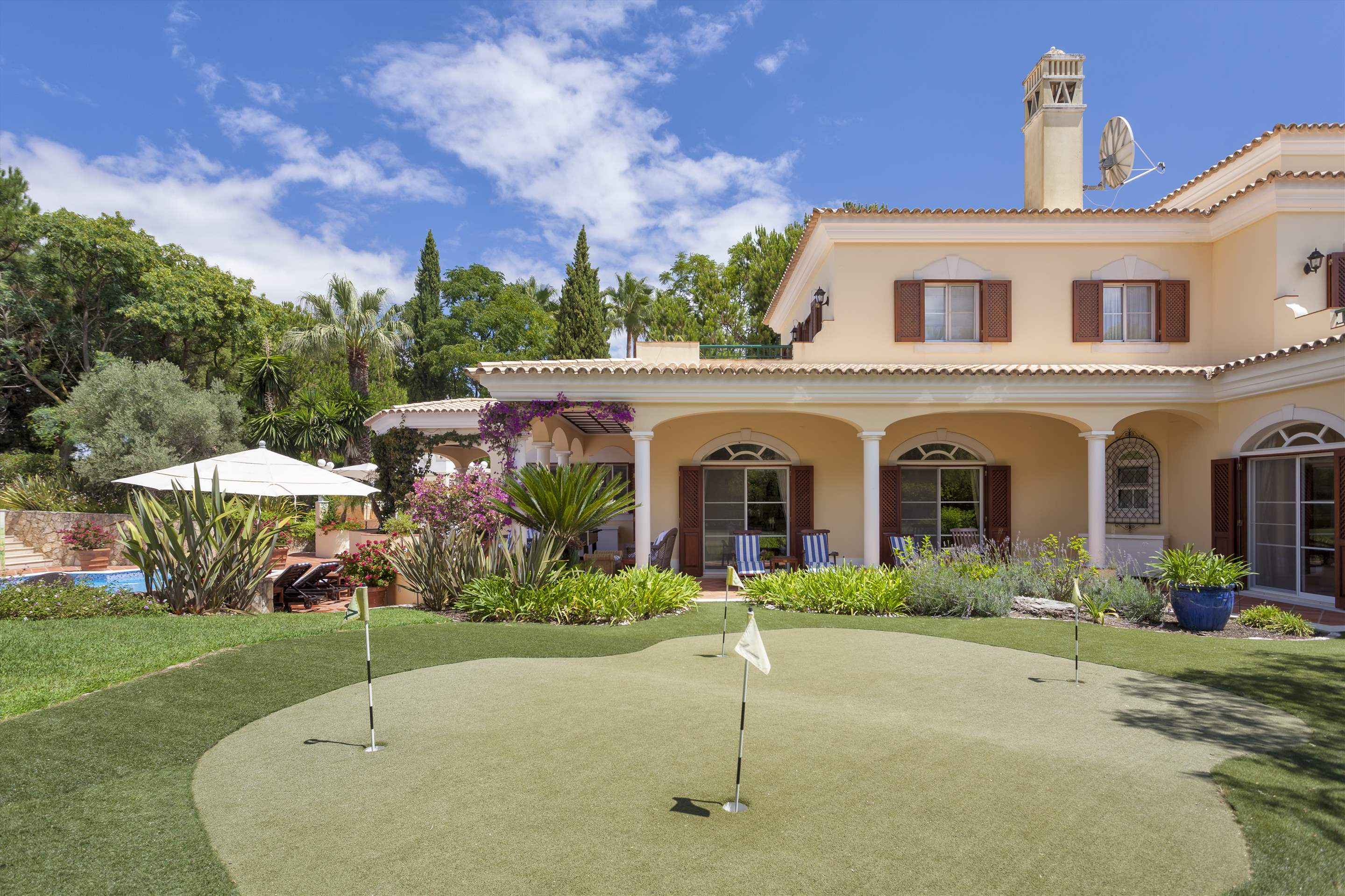 Villa Panache, 4 bedroom villa in Quinta do Lago, Algarve Photo #23