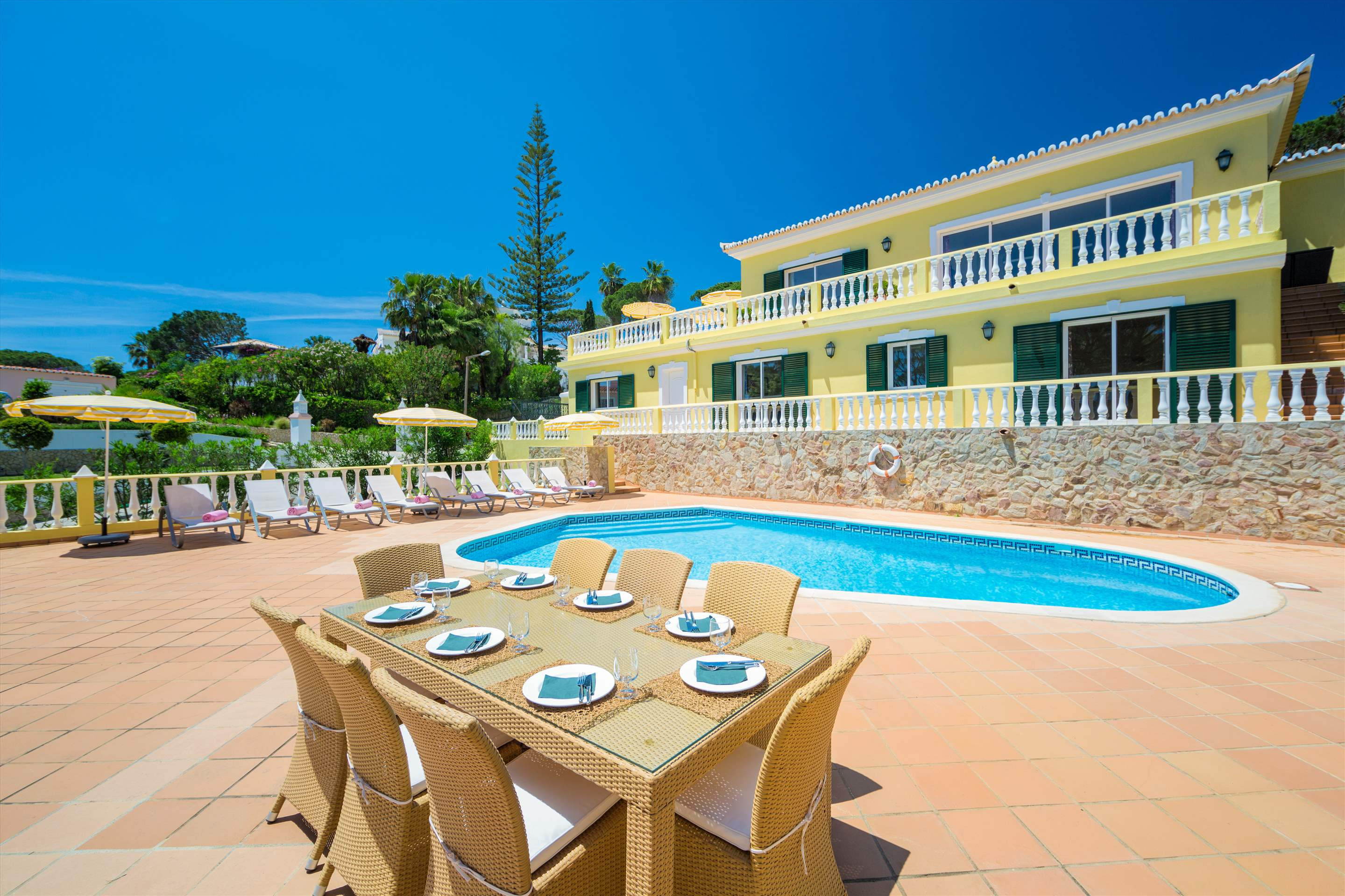 Villa Natasha, 4 bedroom villa in Vale do Lobo, Algarve Photo #1