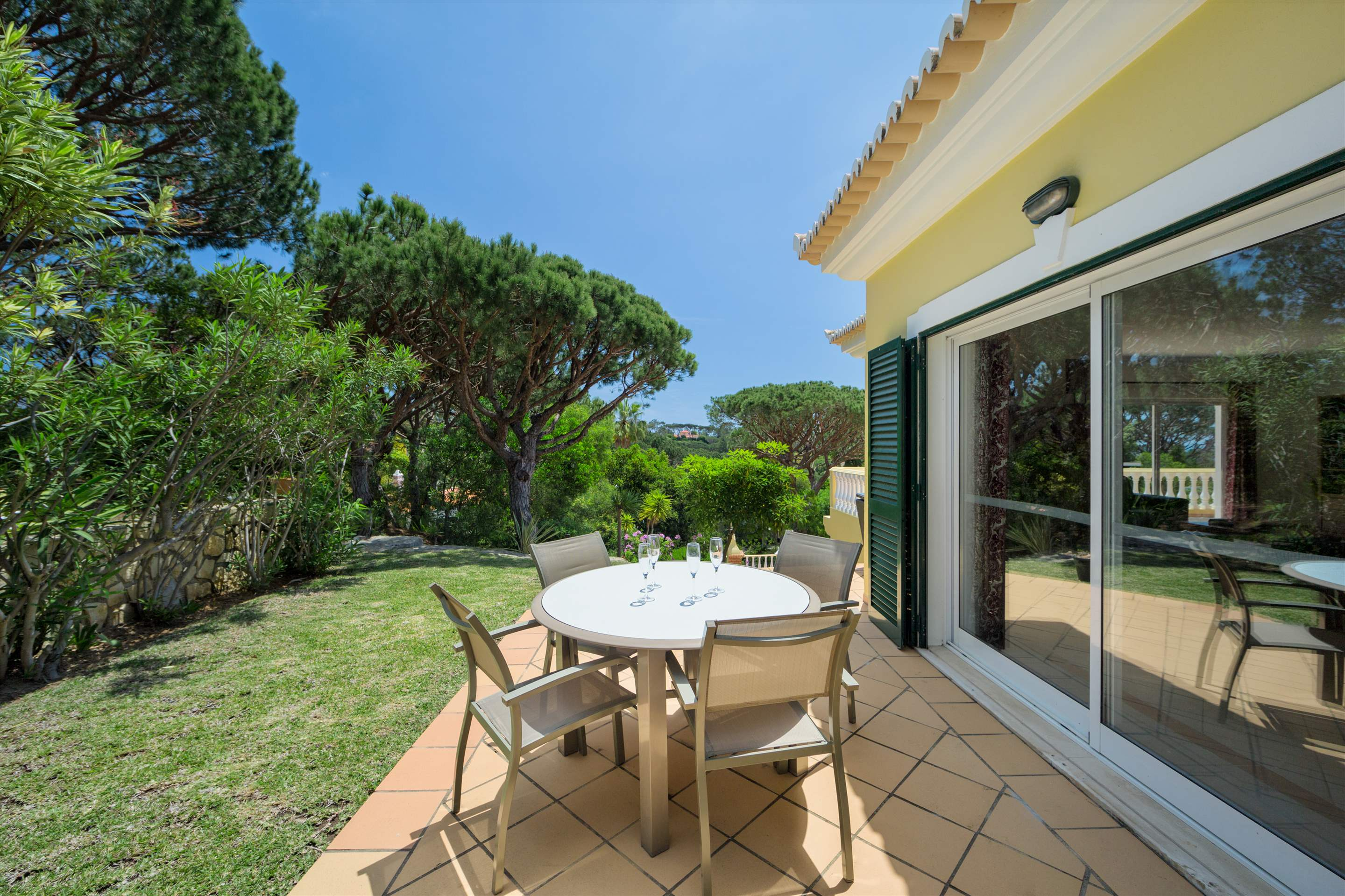 Villa Natasha, 4 bedroom villa in Vale do Lobo, Algarve Photo #11