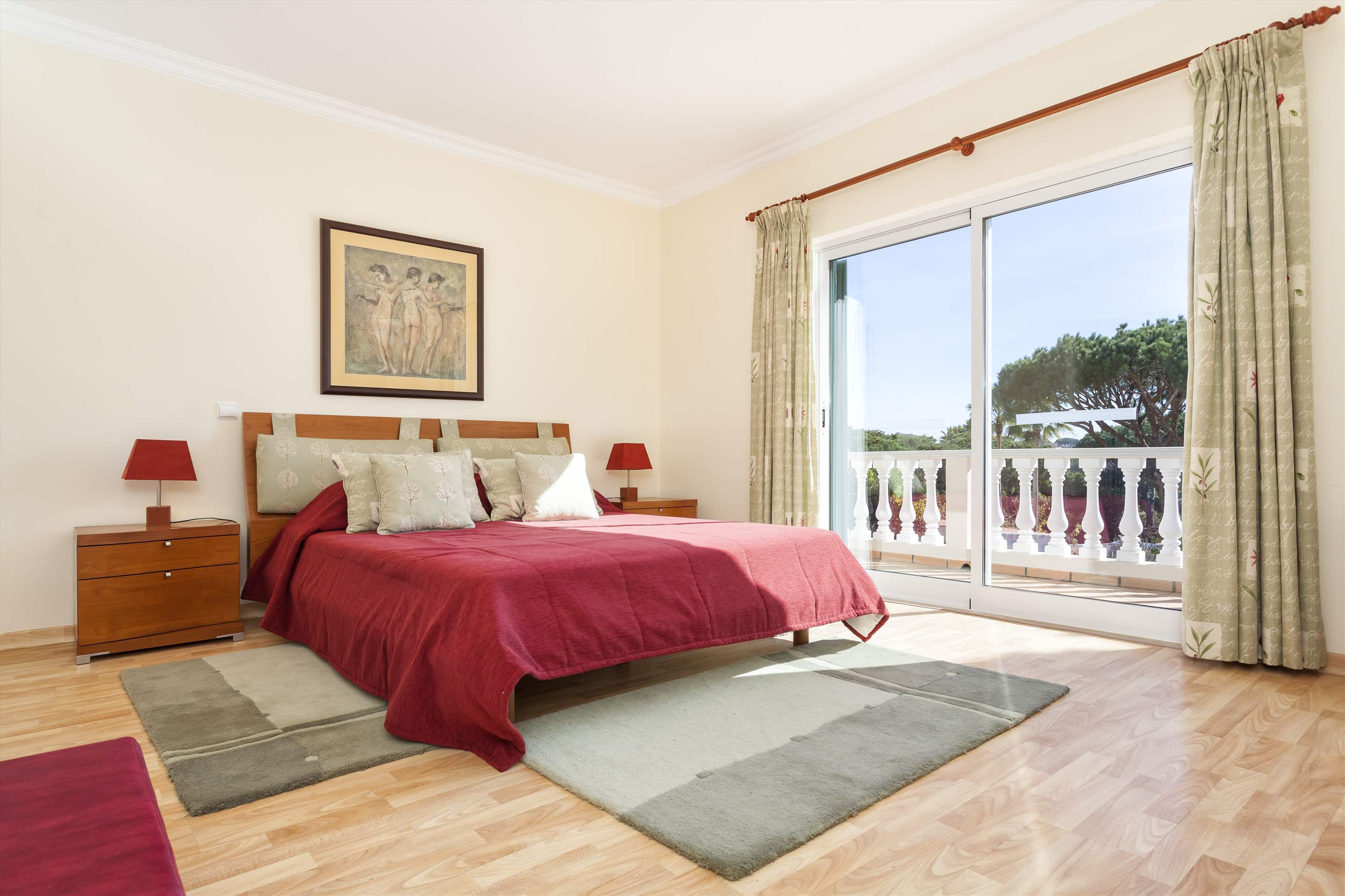 Villa Natasha, 4 bedroom villa in Vale do Lobo, Algarve Photo #12