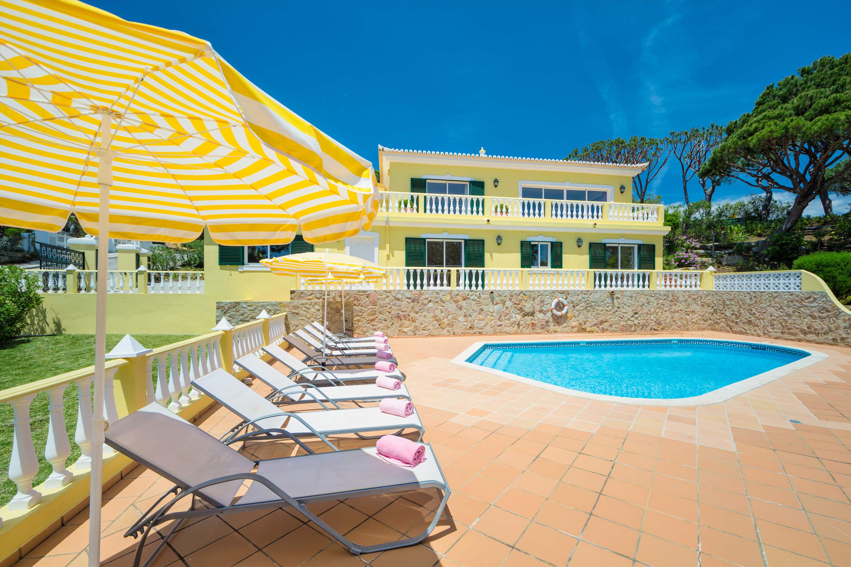 Villa Natasha, 4 bedroom villa in Vale do Lobo, Algarve Photo #21