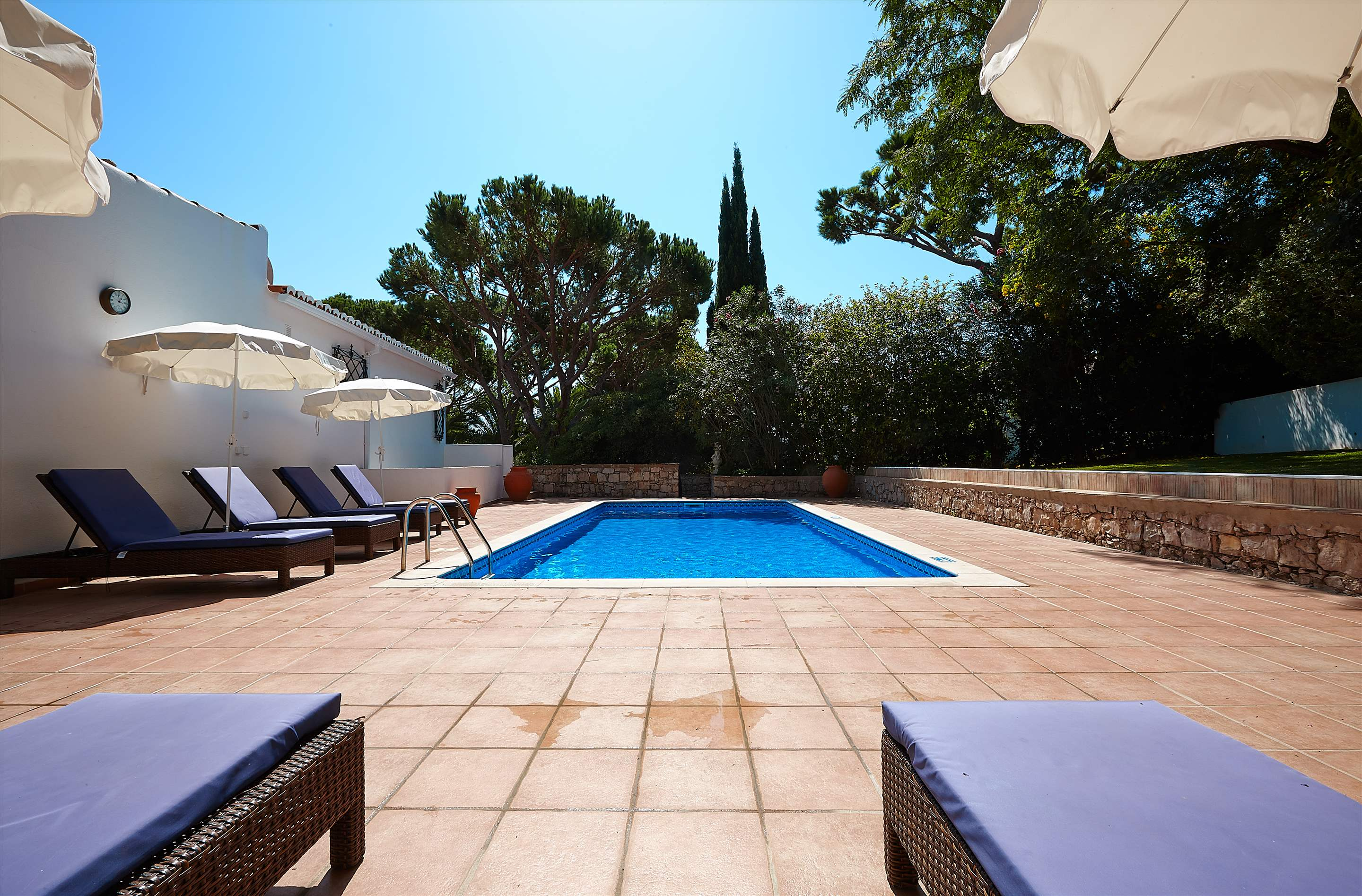 Villa Gabriella, 4 bedroom villa in Vale do Lobo, Algarve Photo #7
