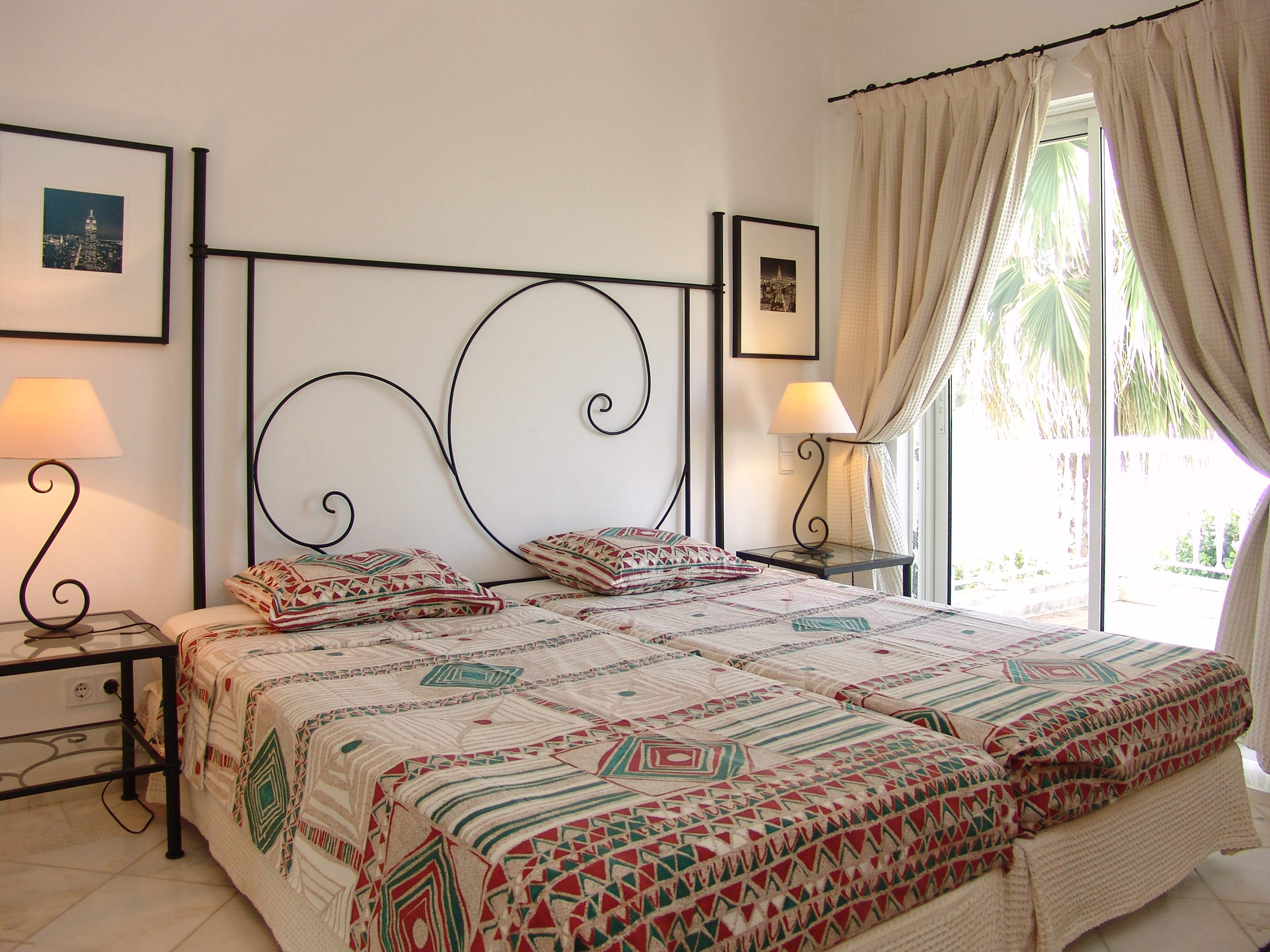 Villas Louisa, 3 bedroom, 3 bedroom villa in Vale do Lobo, Algarve Photo #21