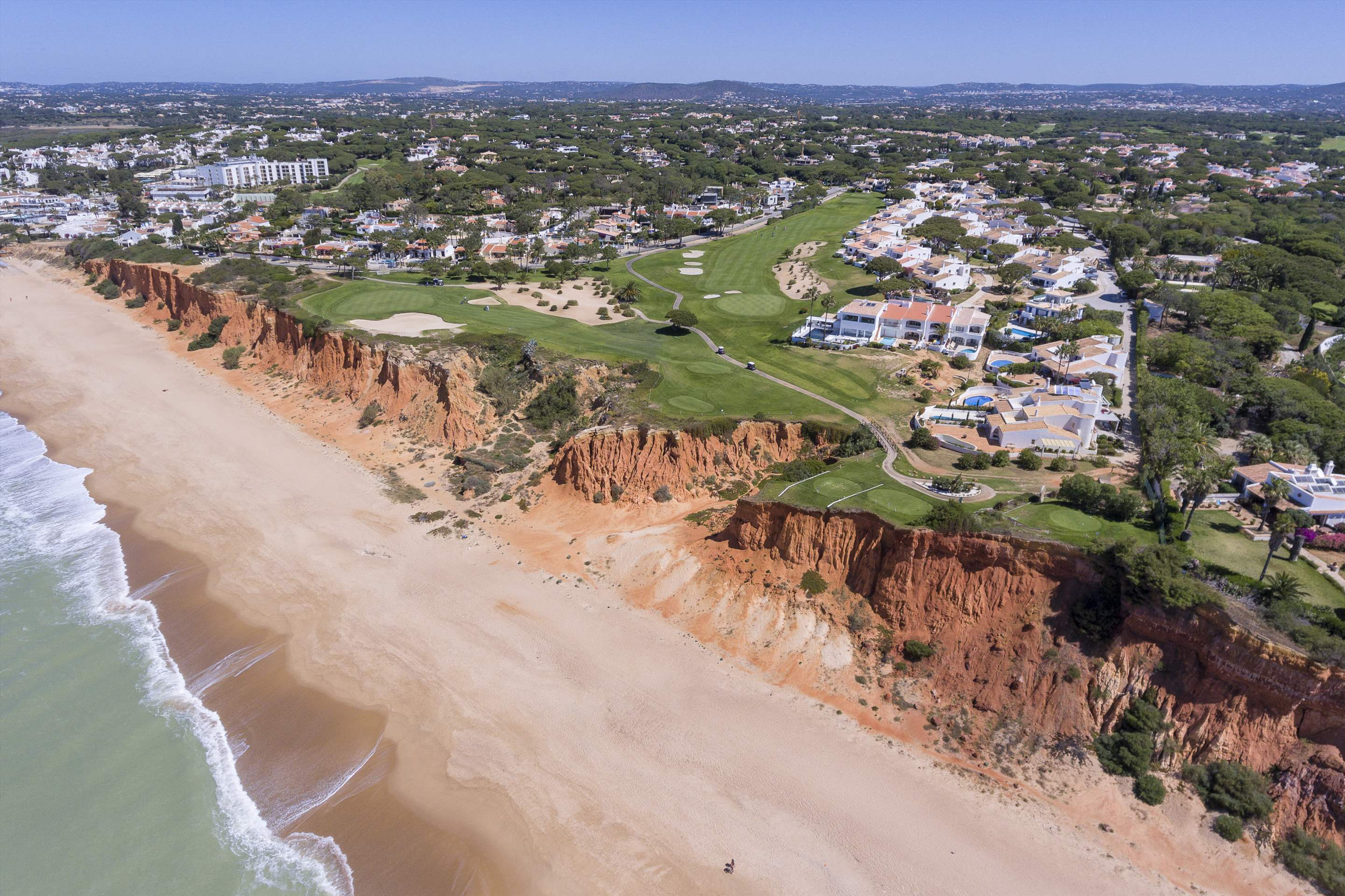 Villas Louisa, 3 bedroom, 3 bedroom villa in Vale do Lobo, Algarve Photo #27