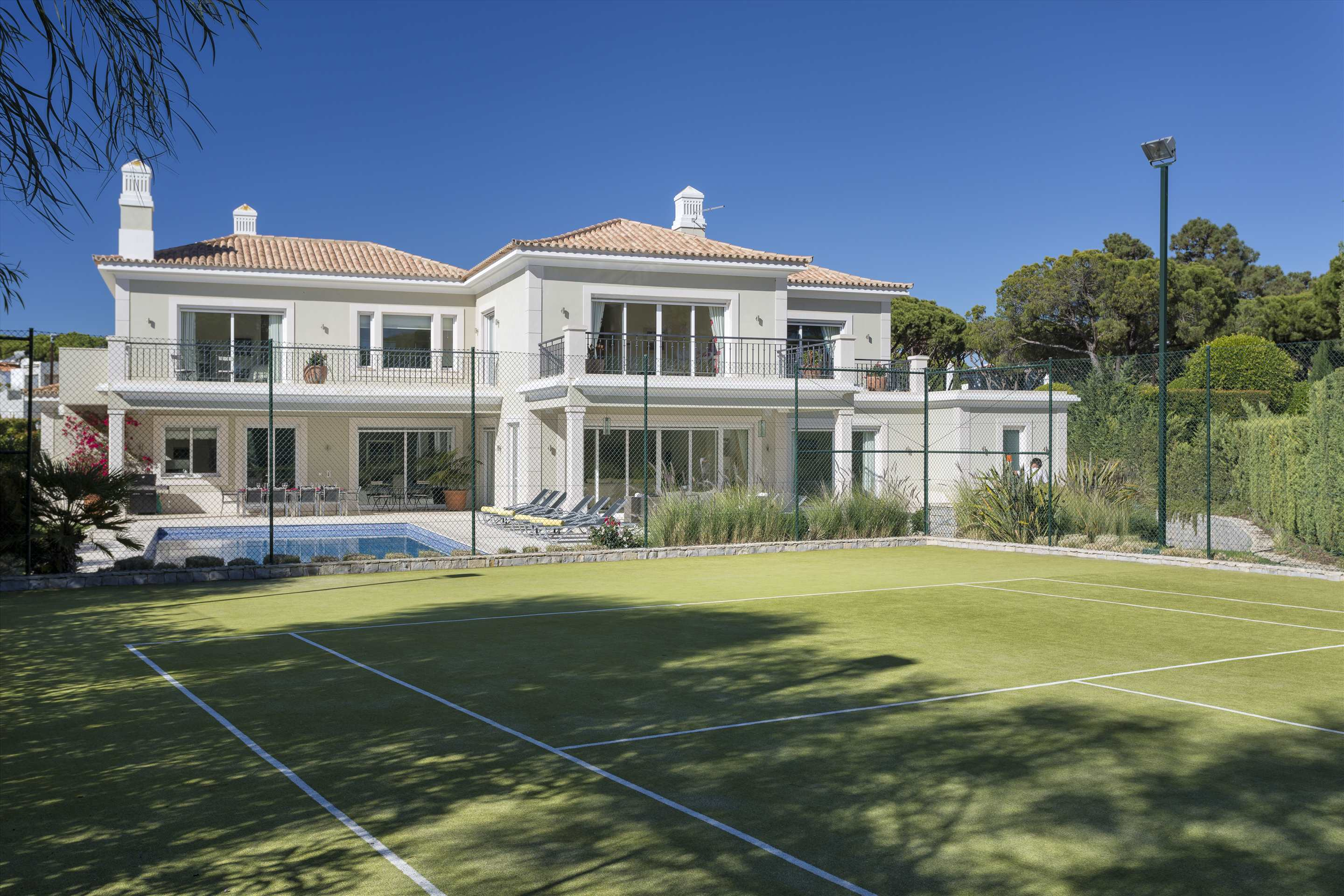Villa Belissima, 5 bedroom villa in Vale do Lobo, Algarve Photo #36