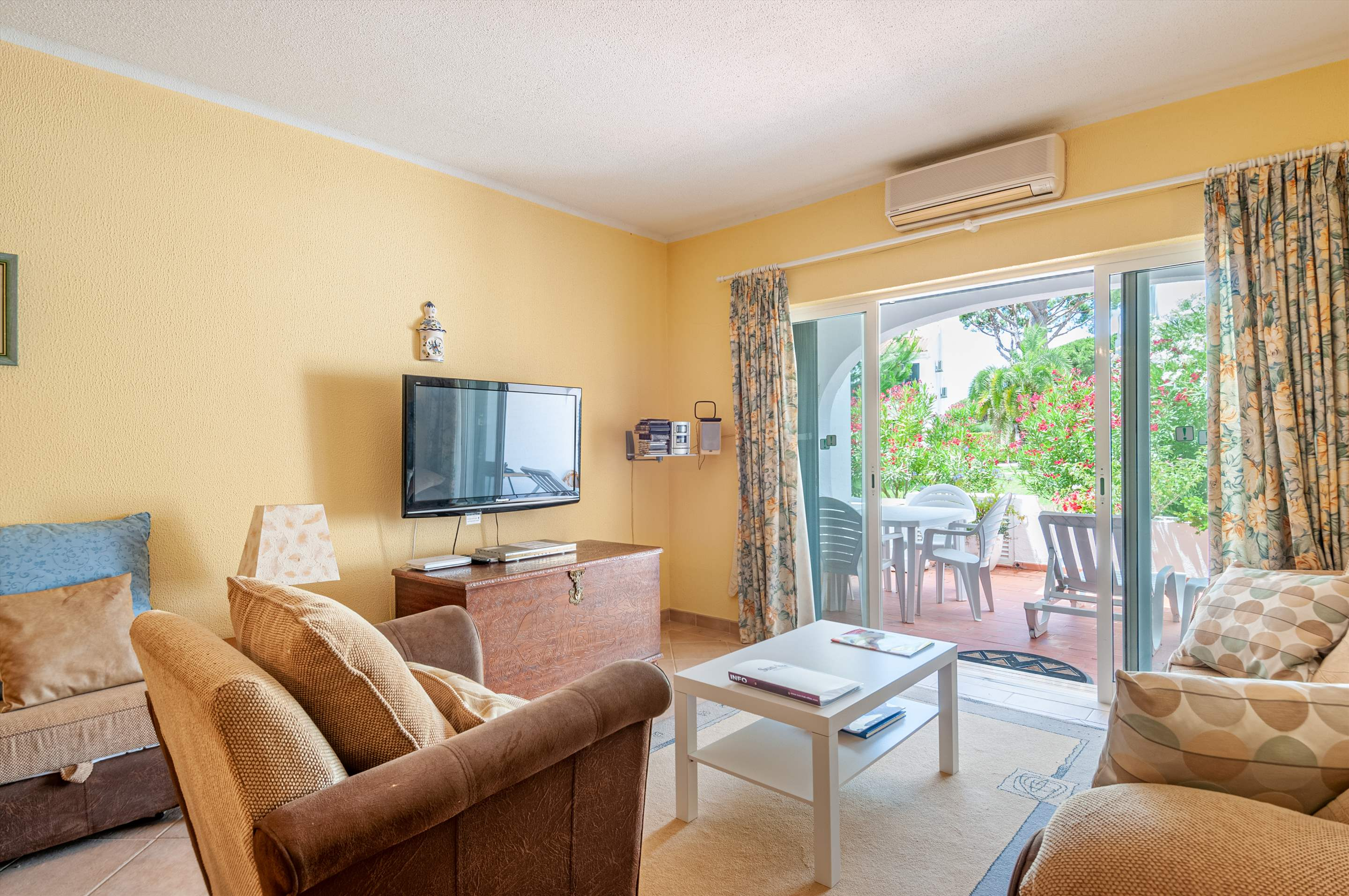 Apartment Joceta , 1 bedroom apartment in Vale do Lobo, Algarve Photo #2