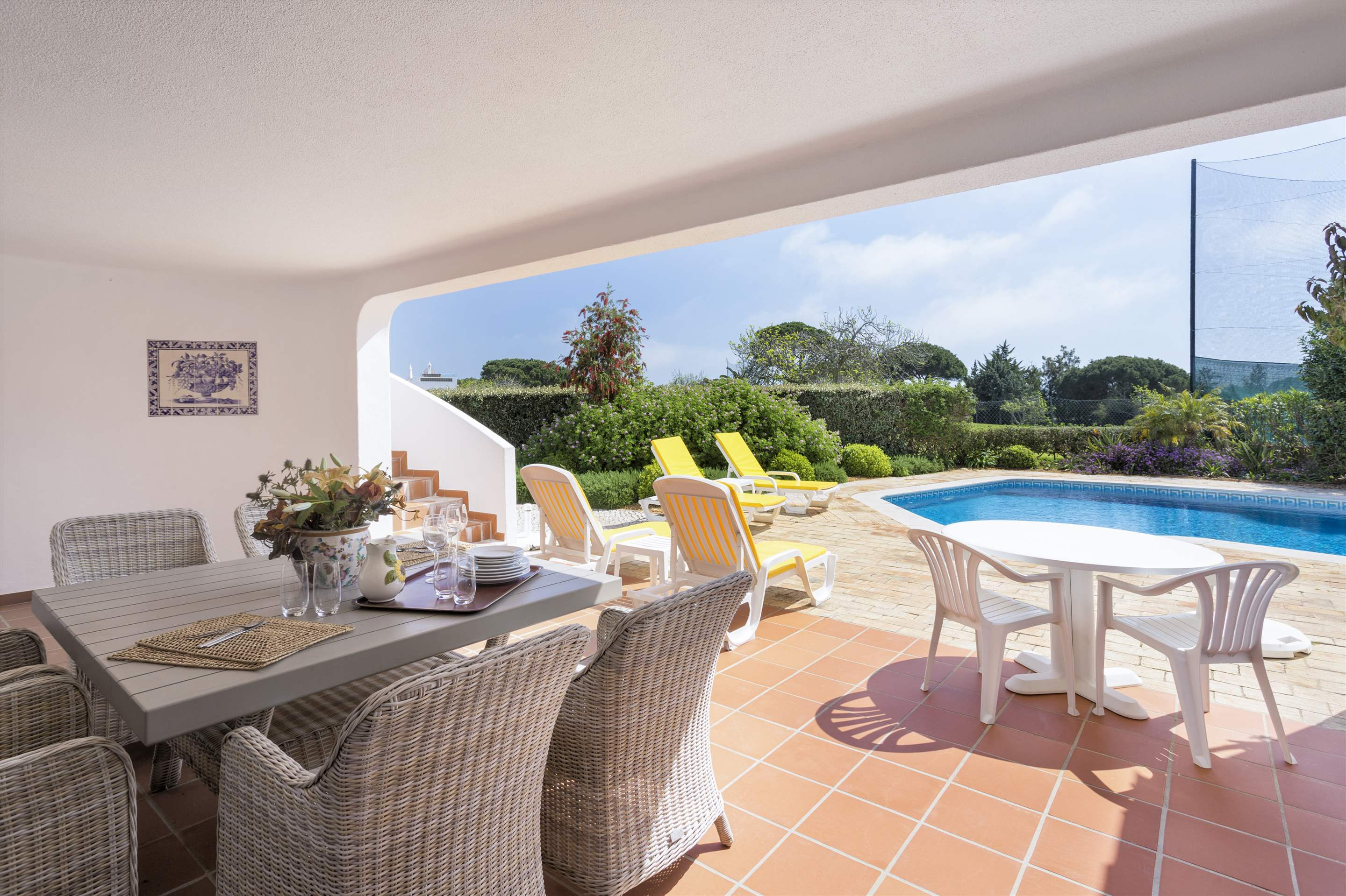 Villa Palmeira, 3 bedroom villa in Vale do Lobo, Algarve Photo #3