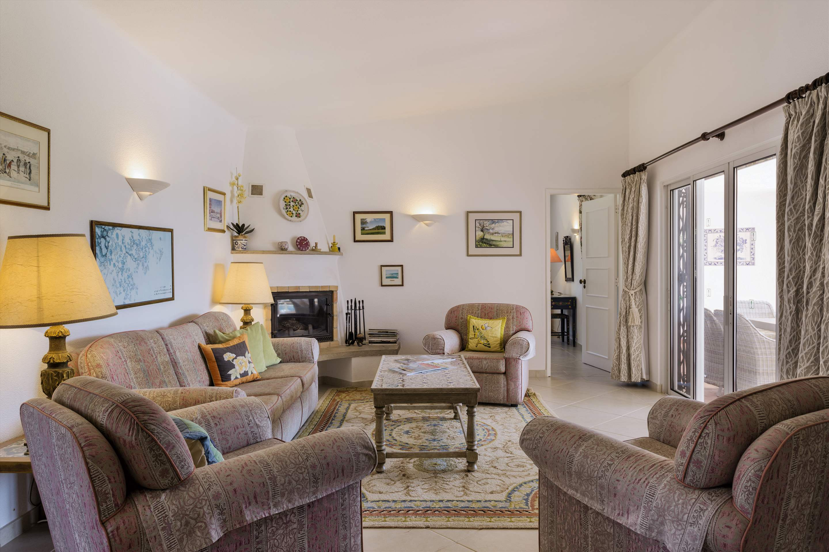 Villa Palmeira, 3 bedroom villa in Vale do Lobo, Algarve Photo #4