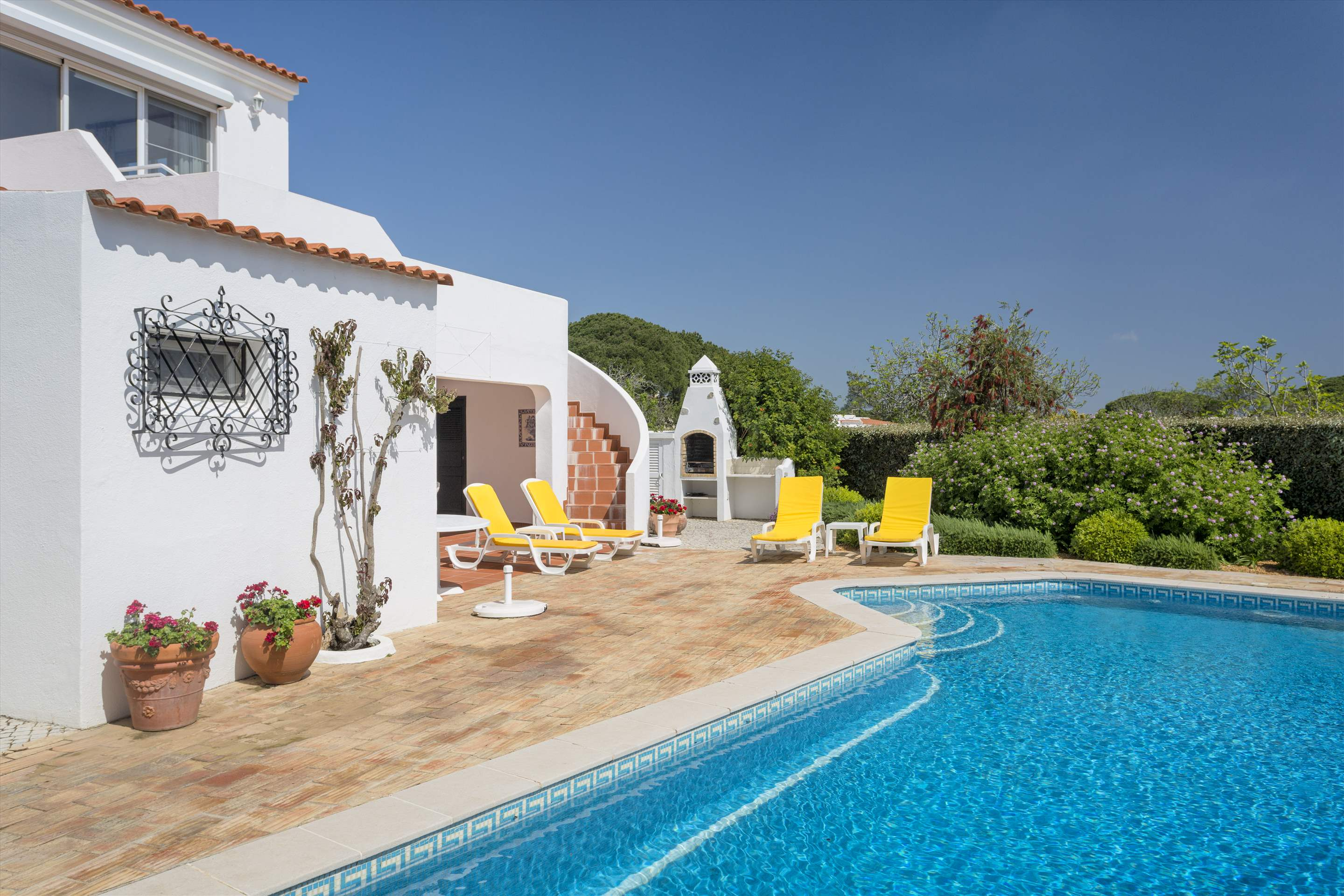 Villa Palmeira, 3 bedroom villa in Vale do Lobo, Algarve Photo #7