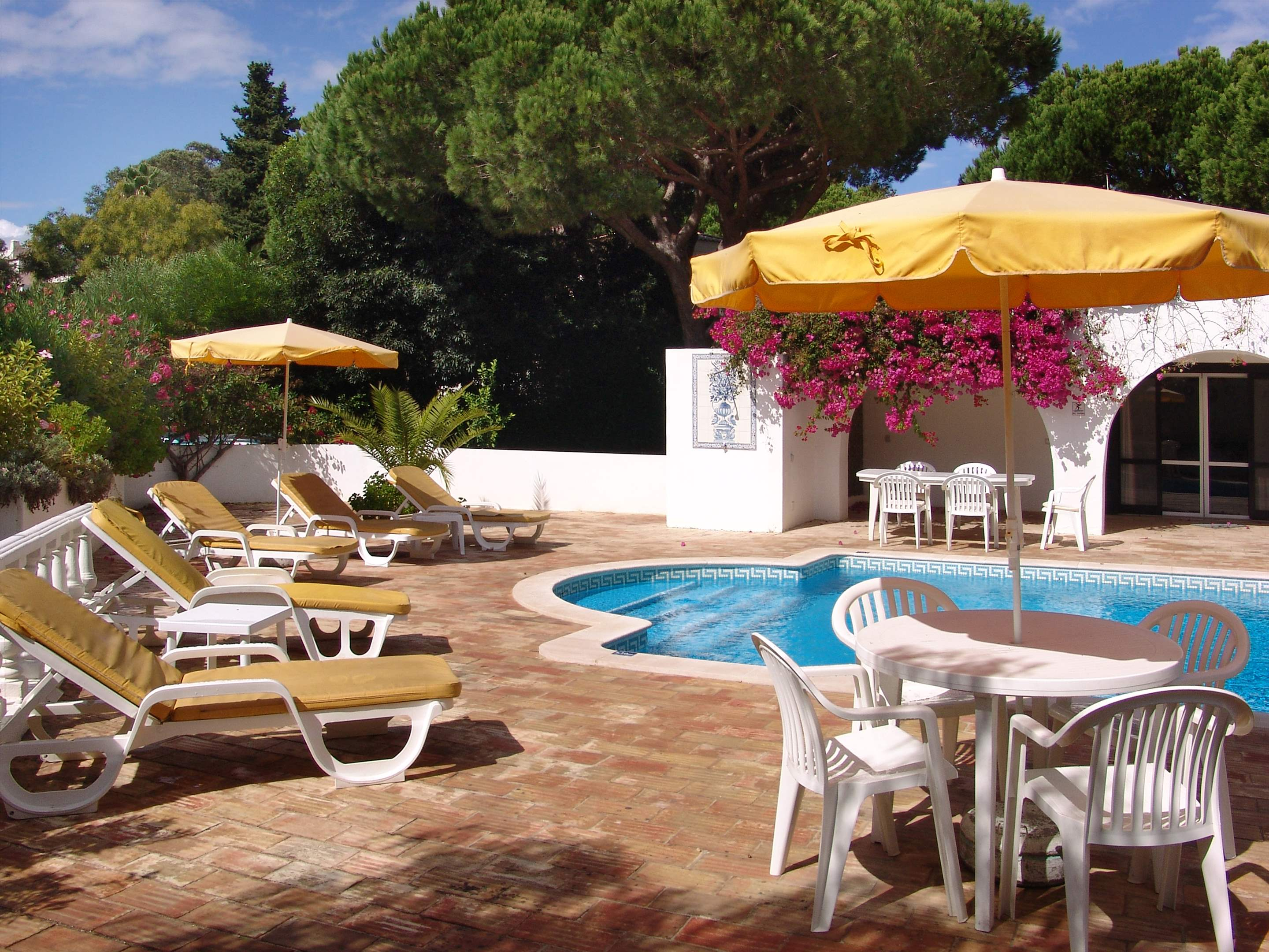 Villa Bouganvilea, 3 bedroom villa in Vale do Lobo, Algarve Photo #16