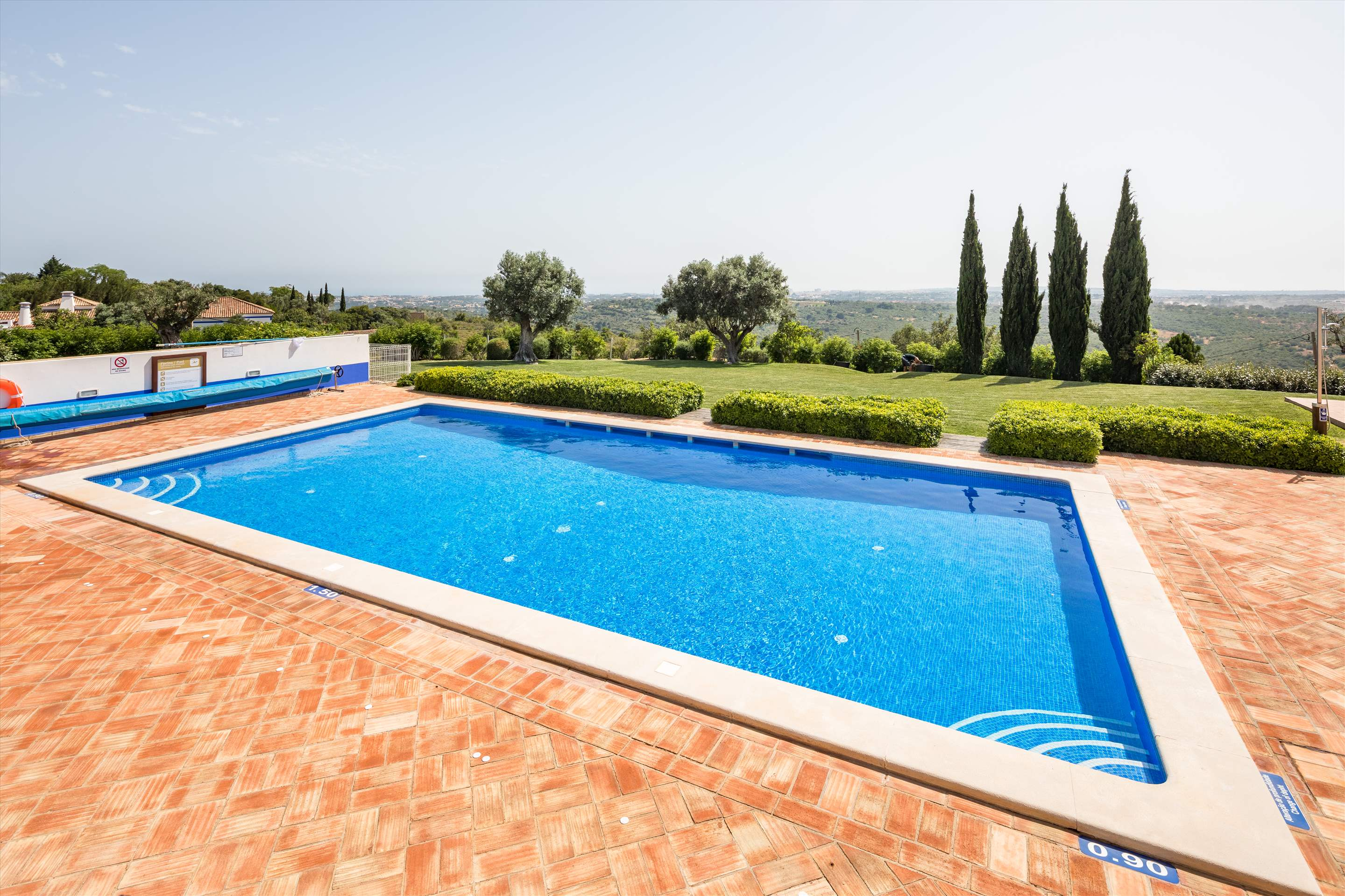 Casa Cahombo, 5 bedroom rate for 7-10 persons, 5 bedroom villa in Vilamoura Area, Algarve Photo #11