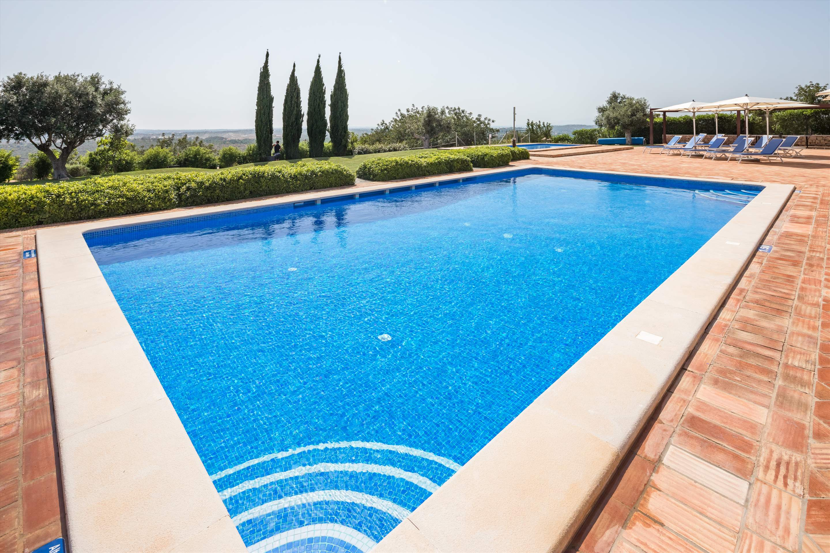 Casa Cahombo, 5 bedroom rate for 7-10 persons, 5 bedroom villa in Vilamoura Area, Algarve Photo #2