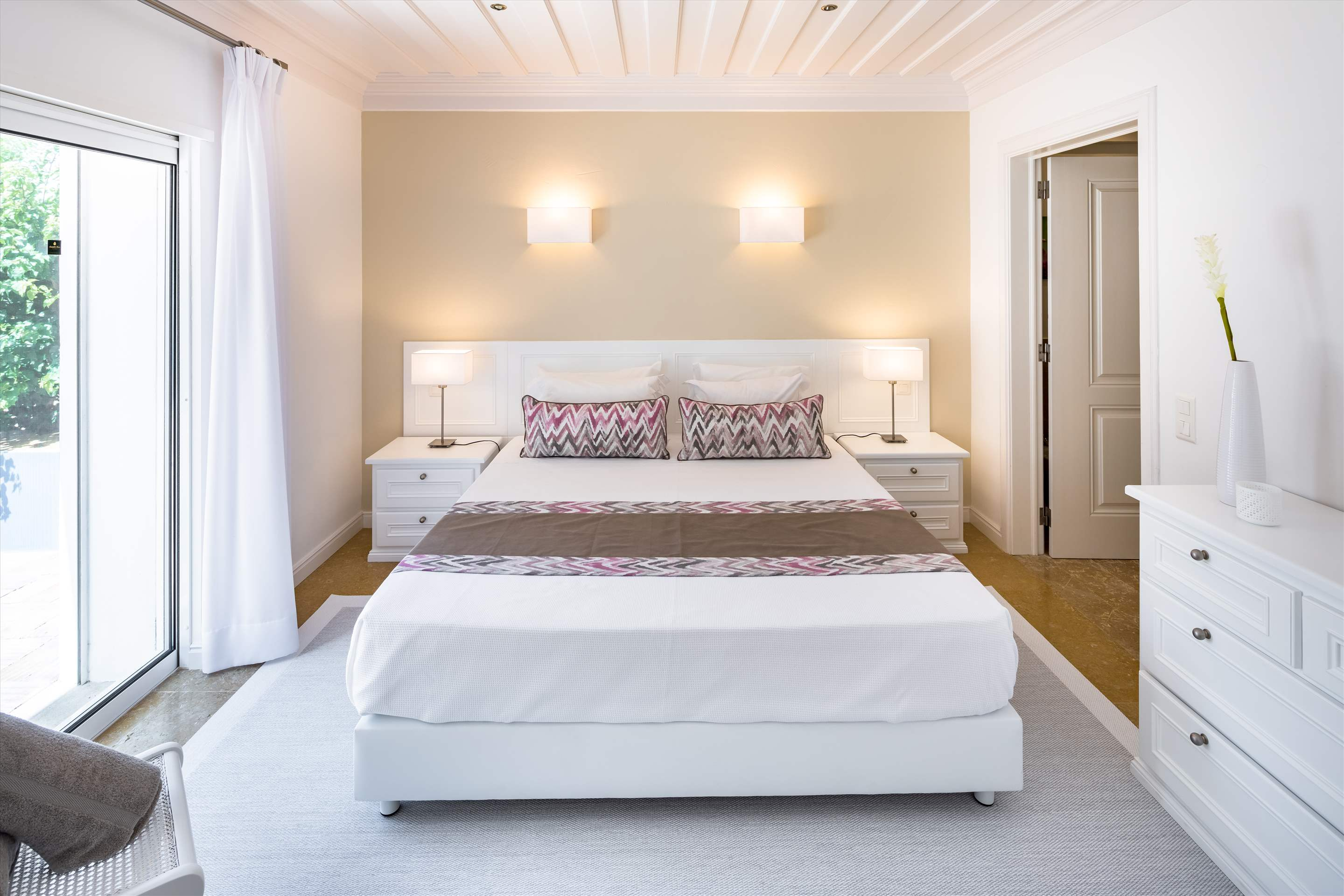 Casa da Montanha, 13-14 persons, 8 bedroom villa in Vilamoura Area, Algarve Photo #21