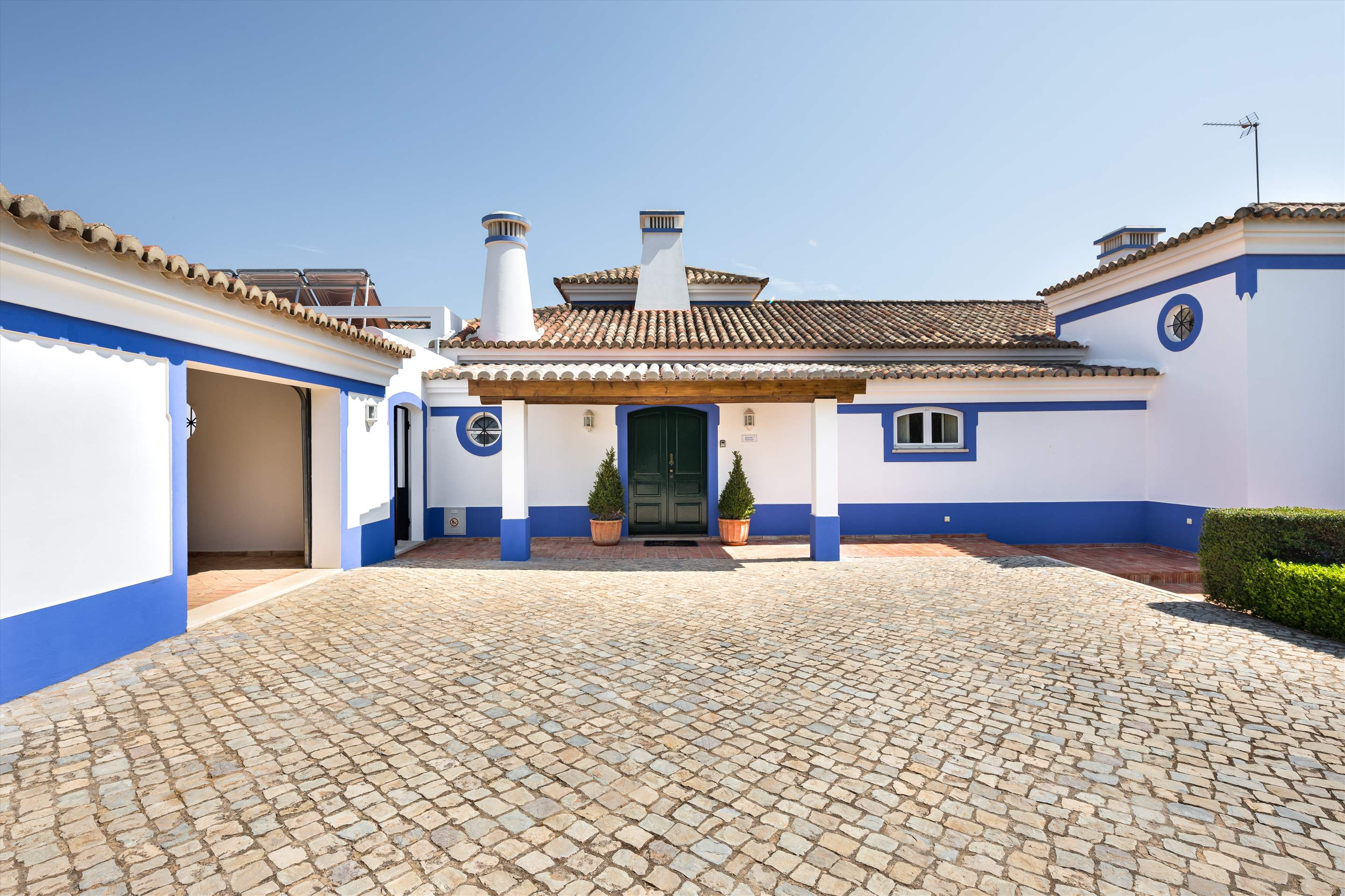 Casa de Baixo, 4 bedroom villa in Vilamoura Area, Algarve Photo #19