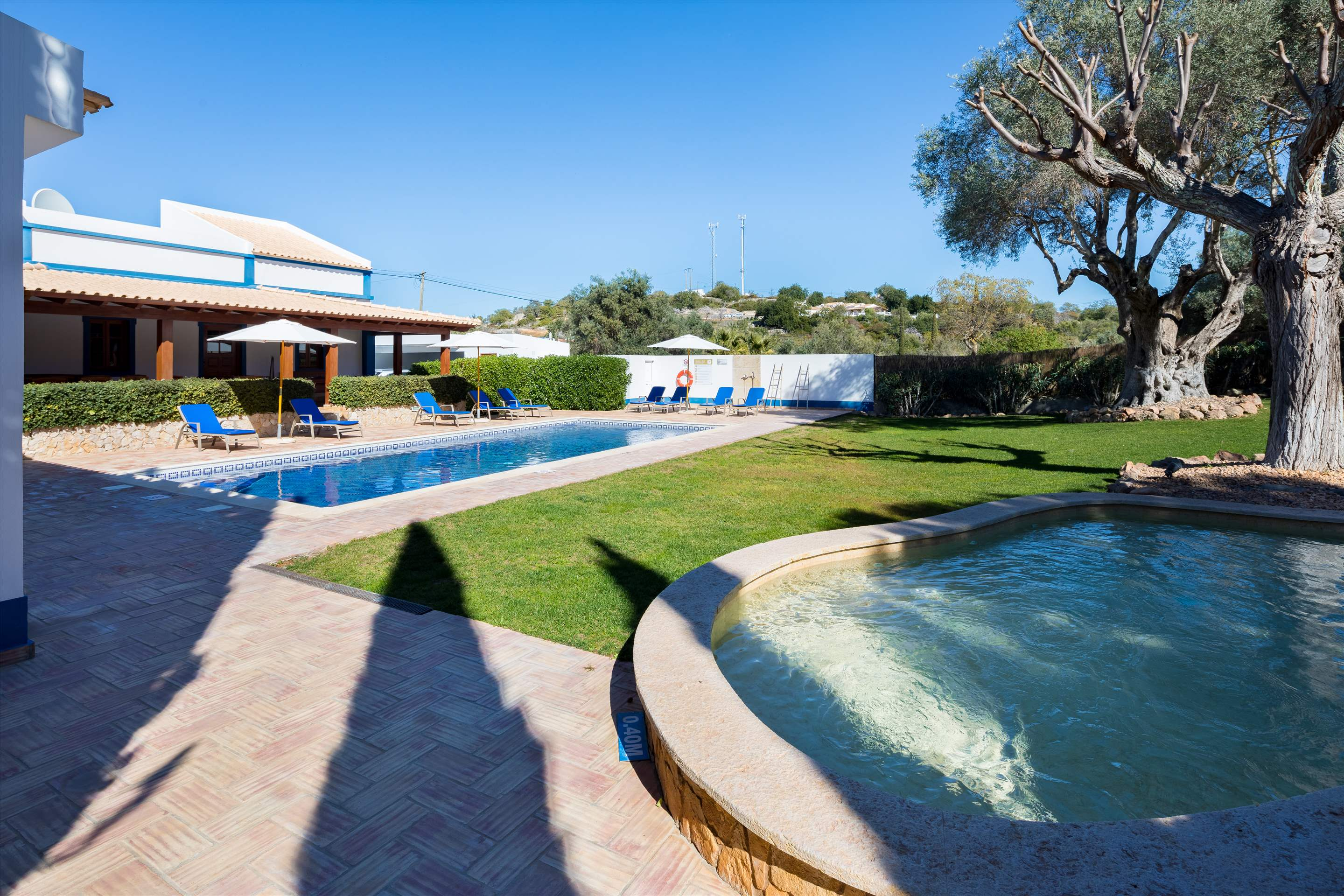 Casa do Ingles, 7-10 persons, 4 bedroom villa in Vilamoura Area, Algarve Photo #2