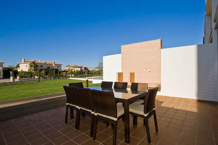 Casa Kerr, 4 bedroom villa in Vilamoura Area, Algarve Photo #6