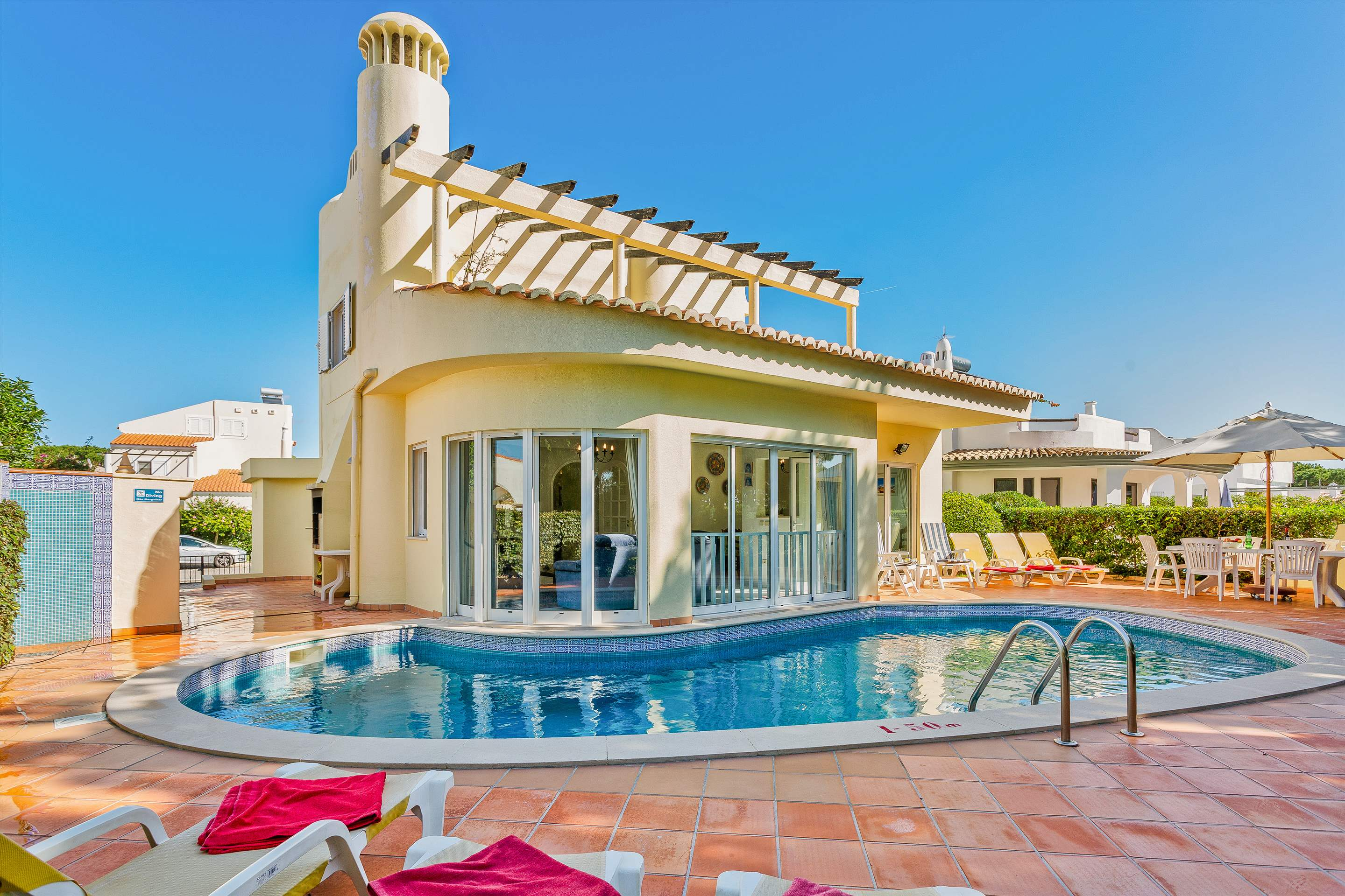 Villa Sarina, 4 bedroom villa in Vilamoura Area, Algarve Photo #1
