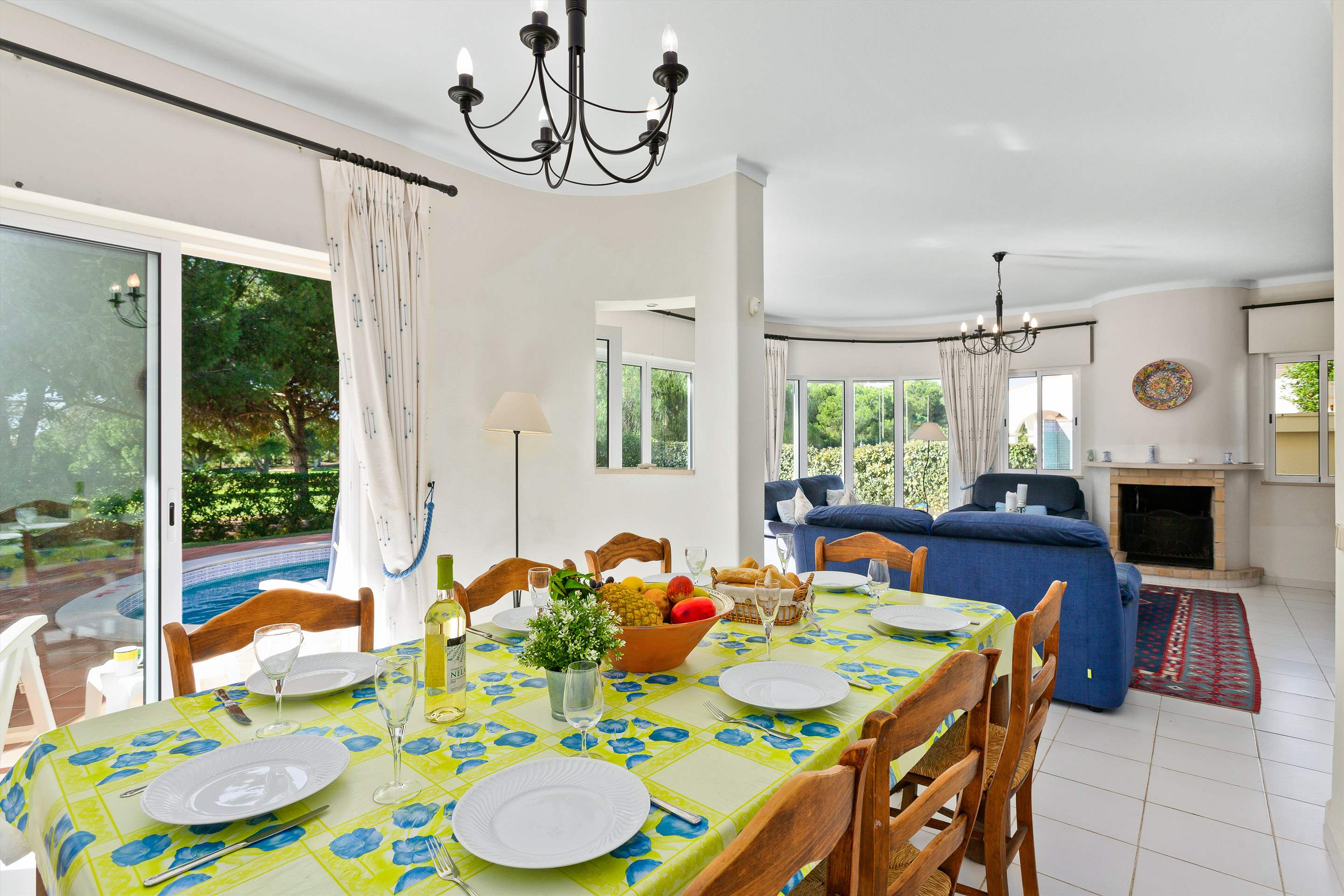 Villa Sarina, 4 bedroom villa in Vilamoura Area, Algarve Photo #5