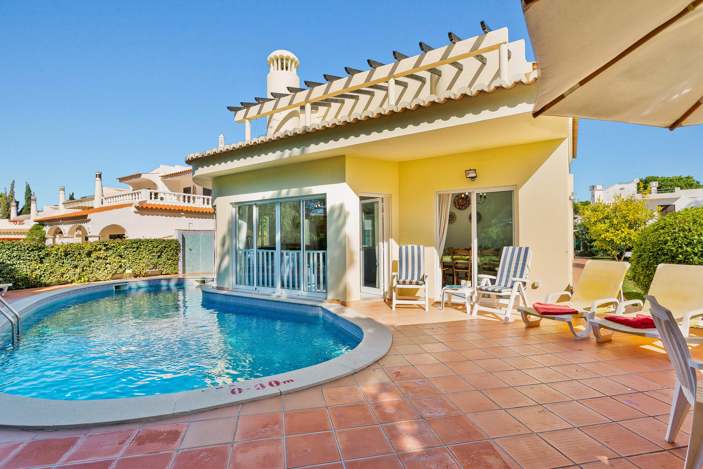 Villa Sarina, 4 bedroom villa in Vilamoura Area, Algarve Photo #7