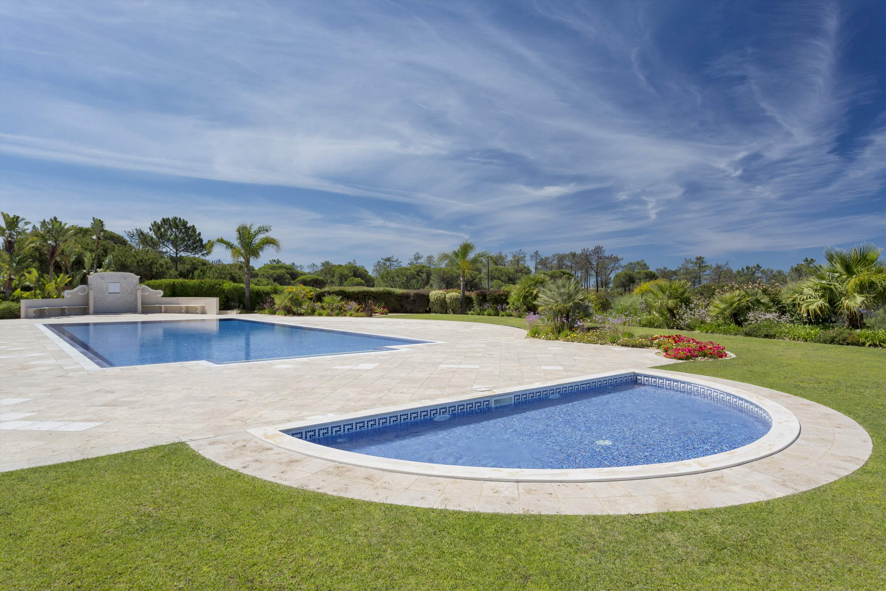 Penthouse Vista Mar, 2 bedroom apartment in Quinta do Lago, Algarve Photo #11