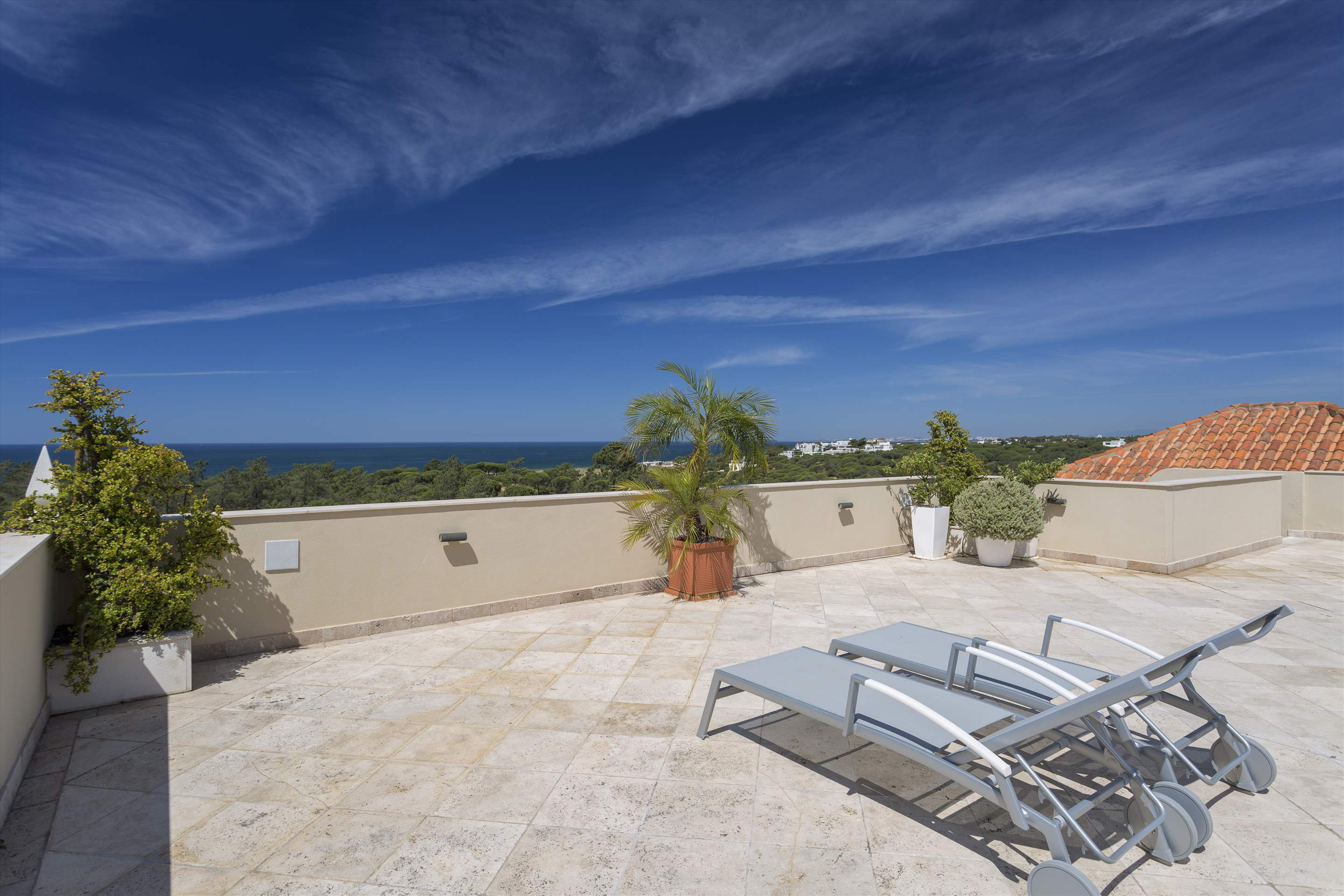 Penthouse Vista Mar, 2 bedroom apartment in Quinta do Lago, Algarve Photo #14