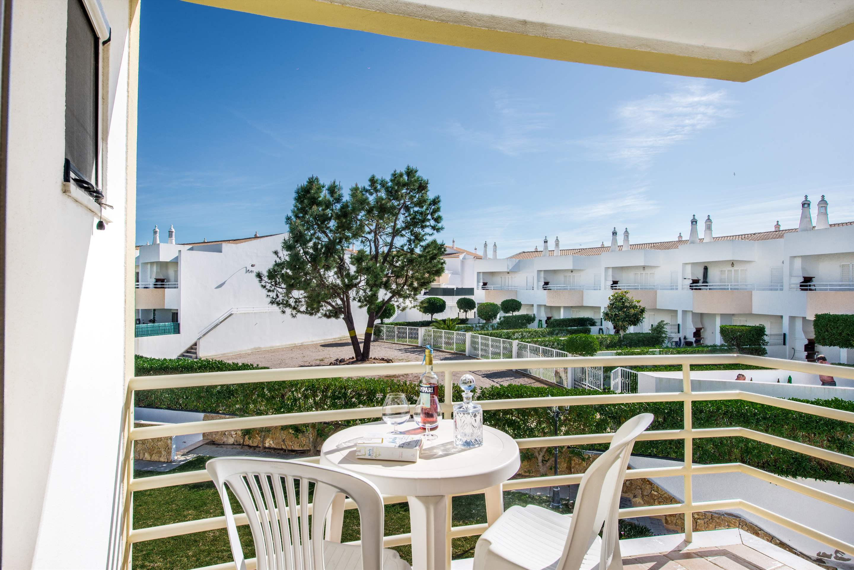 Apt 1E Gale Garden, For 5-6 Persons, 3 bedroom apartment in Gale, Vale da Parra and Guia, Algarve Photo #11