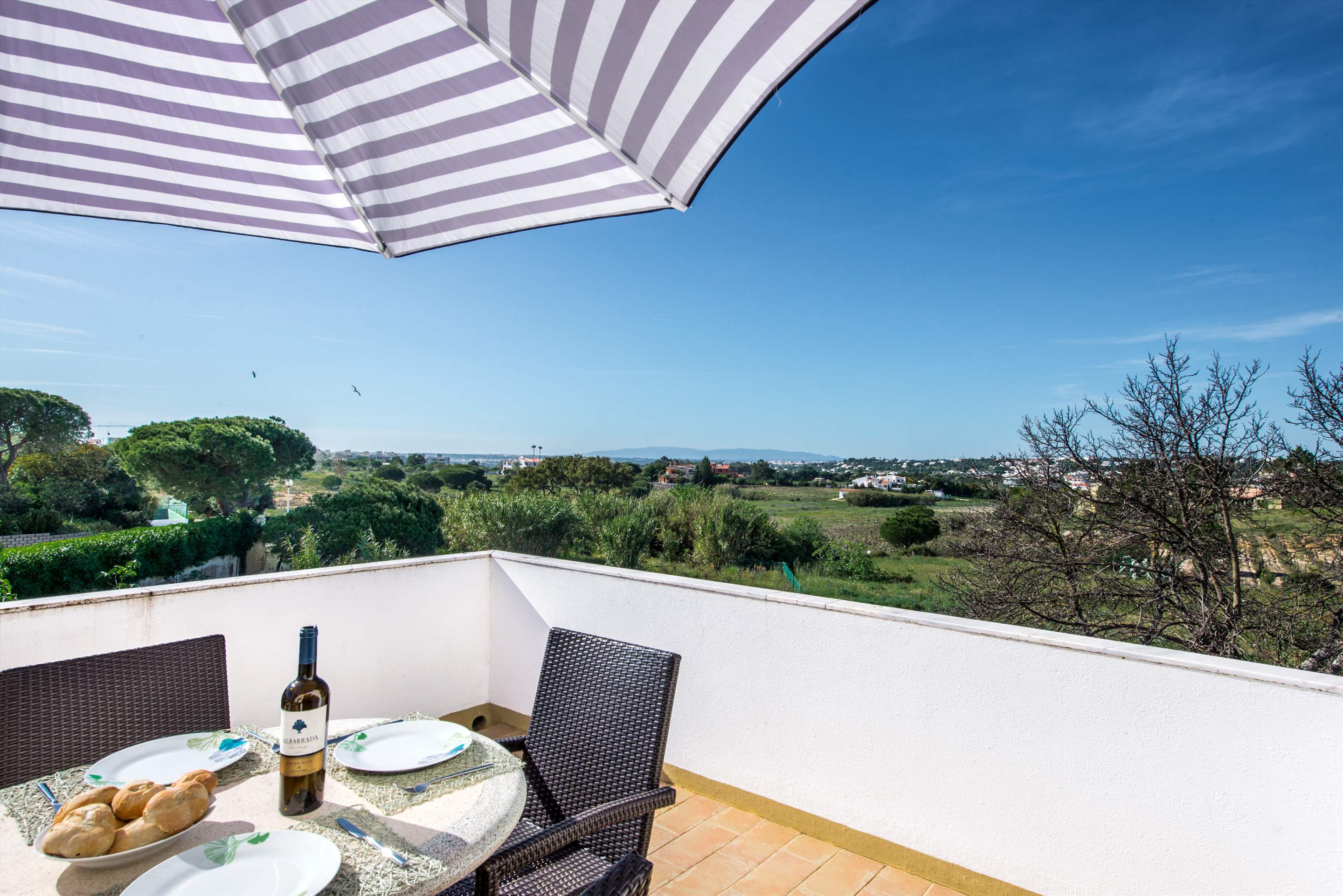 Apt 1E Gale Garden, For 5-6 Persons, 3 bedroom apartment in Gale, Vale da Parra and Guia, Algarve Photo #17