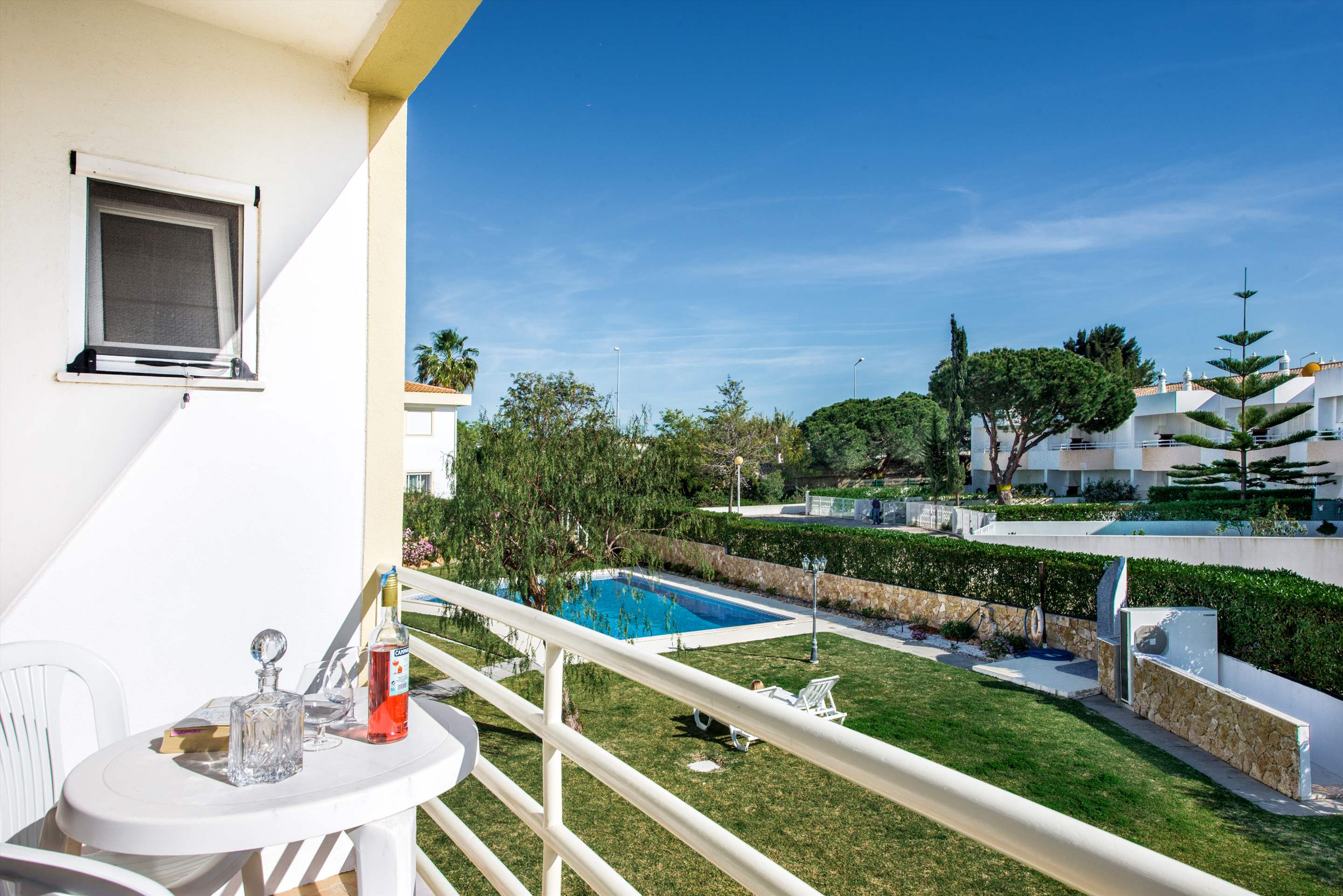 Apt 1E Gale Garden, For 5-6 Persons, 3 bedroom apartment in Gale, Vale da Parra and Guia, Algarve Photo #3