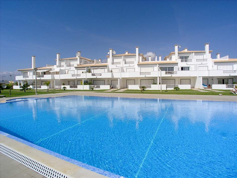 Apt O Monte, Up to 6 Persons, 3 apartment in Gale, Vale da Parra and Guia, Algarve