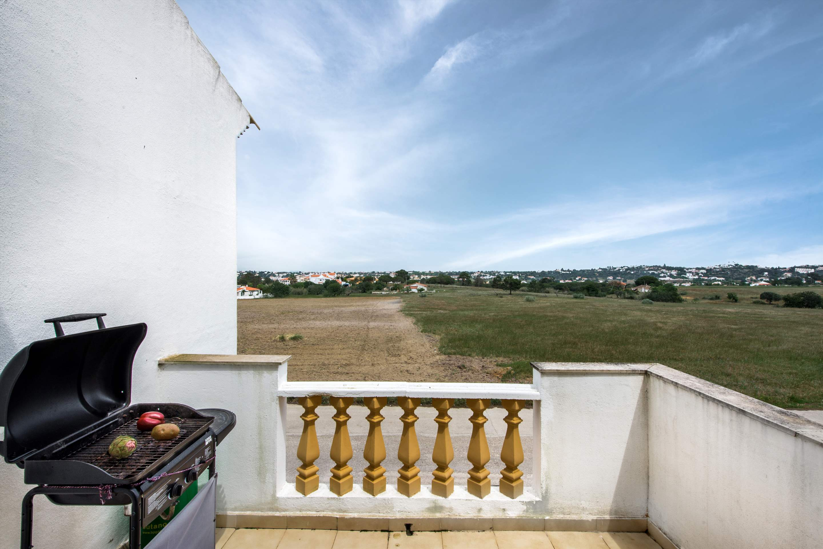 Apt O Monte, Up to 6 Persons, 3 bedroom apartment in Gale, Vale da Parra and Guia, Algarve Photo #14