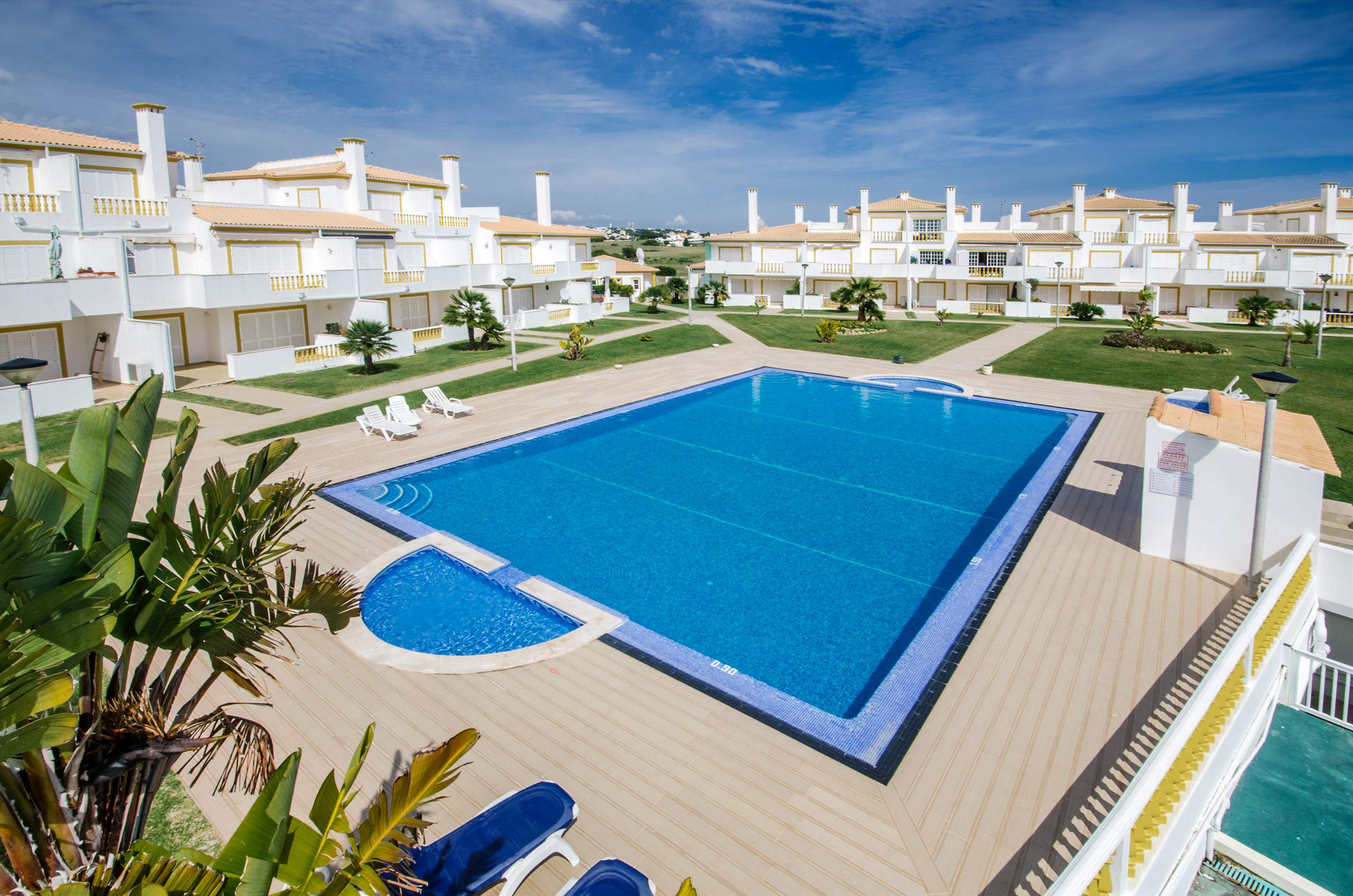 Apt O Monte, Up to 6 Persons, 3 bedroom apartment in Gale, Vale da Parra and Guia, Algarve Photo #2