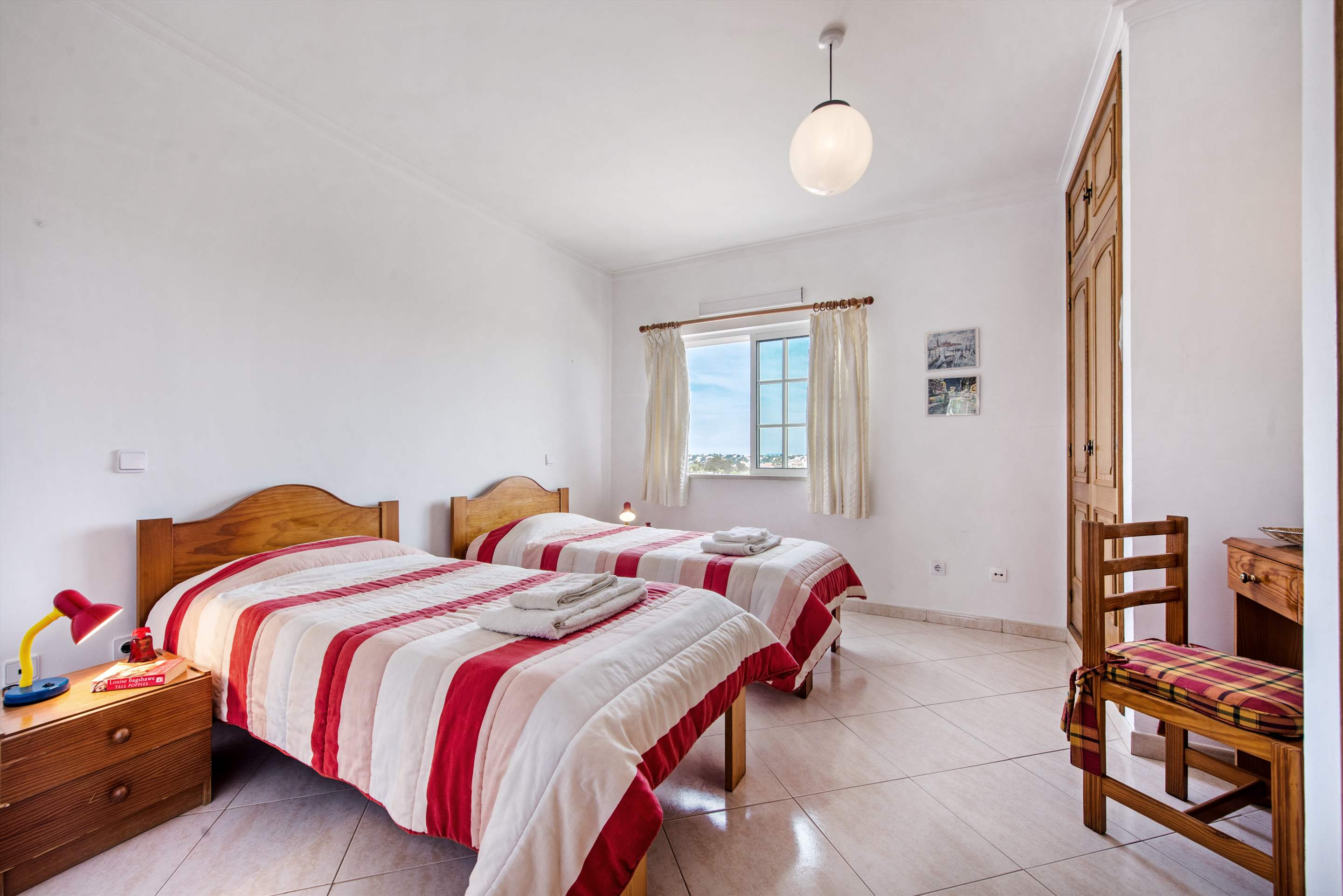 Apt O Monte, Up to 6 Persons, 3 bedroom apartment in Gale, Vale da Parra and Guia, Algarve Photo #21