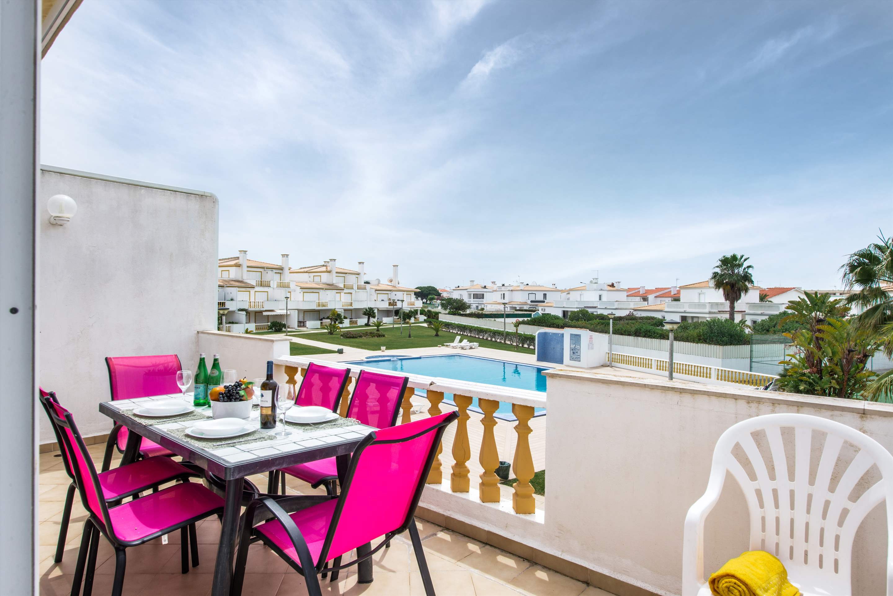 Apt O Monte, Up to 6 Persons, 3 bedroom apartment in Gale, Vale da Parra and Guia, Algarve Photo #4