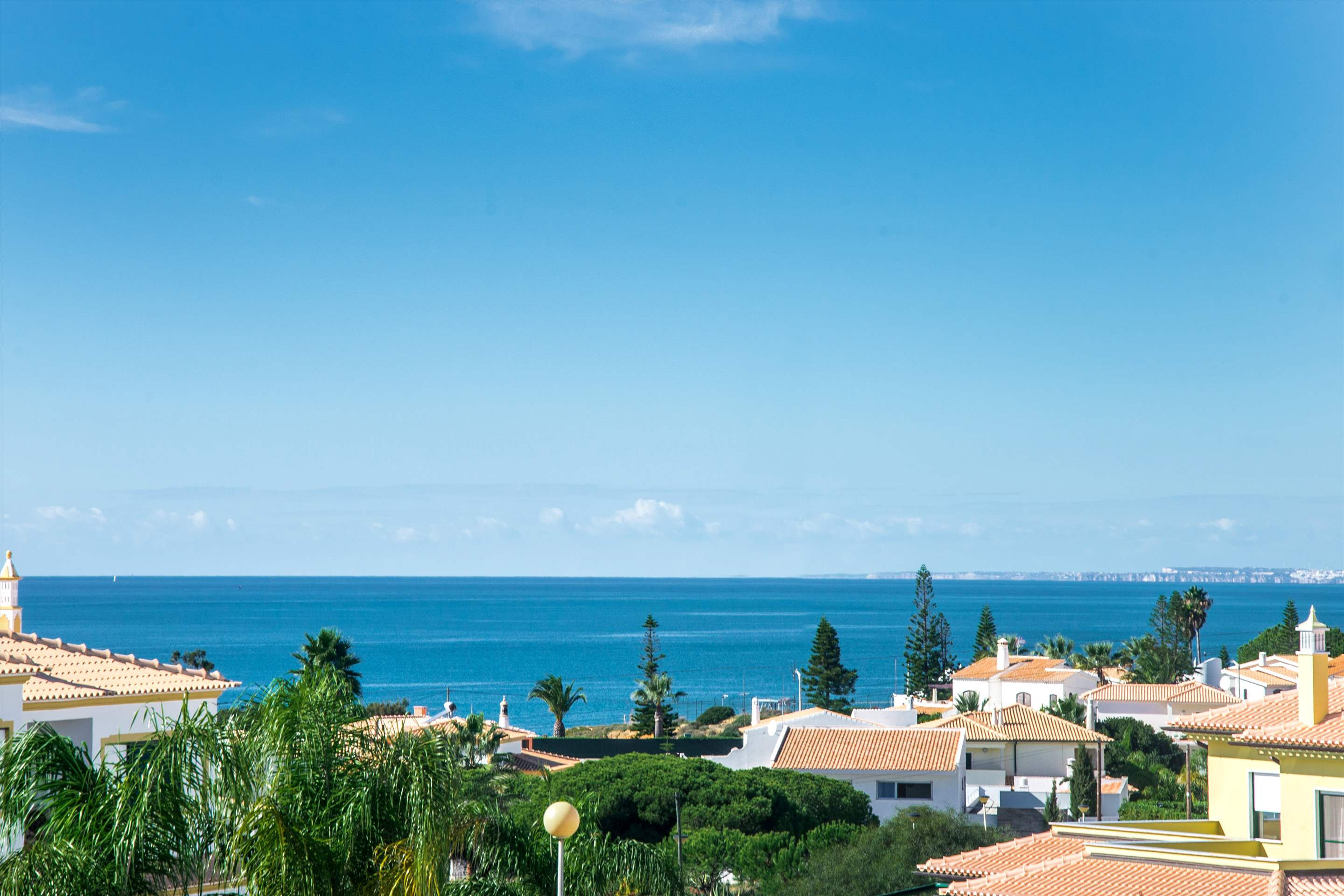 Julieta do Mar, Up to 6 Persons, 3 bedroom villa in Gale, Vale da Parra and Guia, Algarve Photo #13
