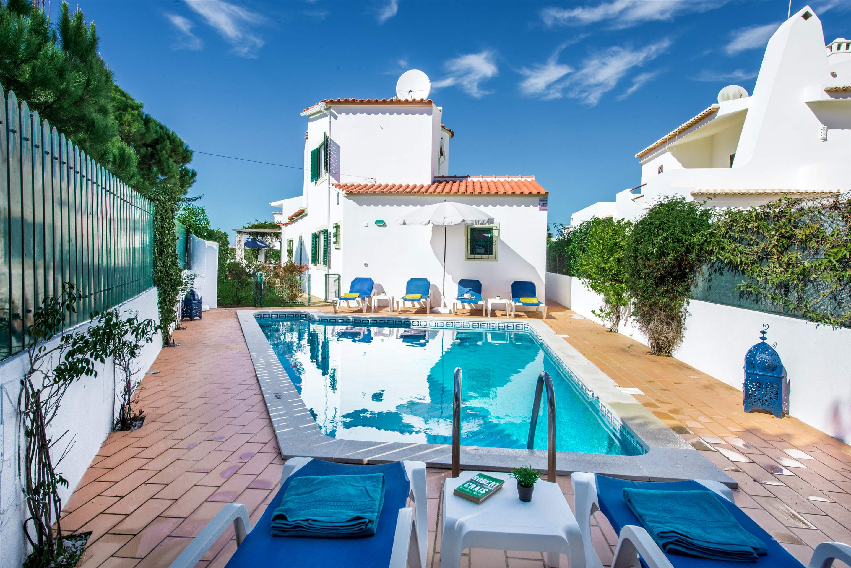 Julieta do Mar, Up to 6 Persons, 3 bedroom villa in Gale, Vale da Parra and Guia, Algarve Photo #8
