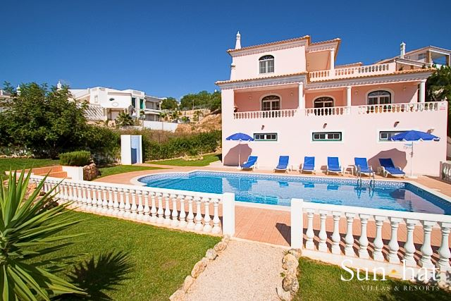 Villa Harmonia, Up to 6 Persons, 3 villa in Gale, Vale da Parra and Guia, Algarve