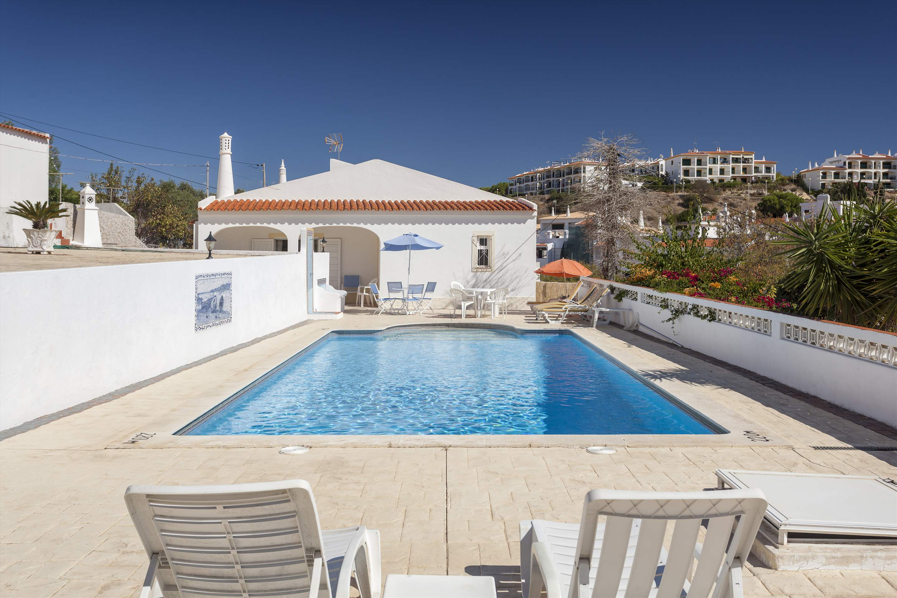 Villa Alice, 3 bedroom villa in Carvoeiro Area, Algarve