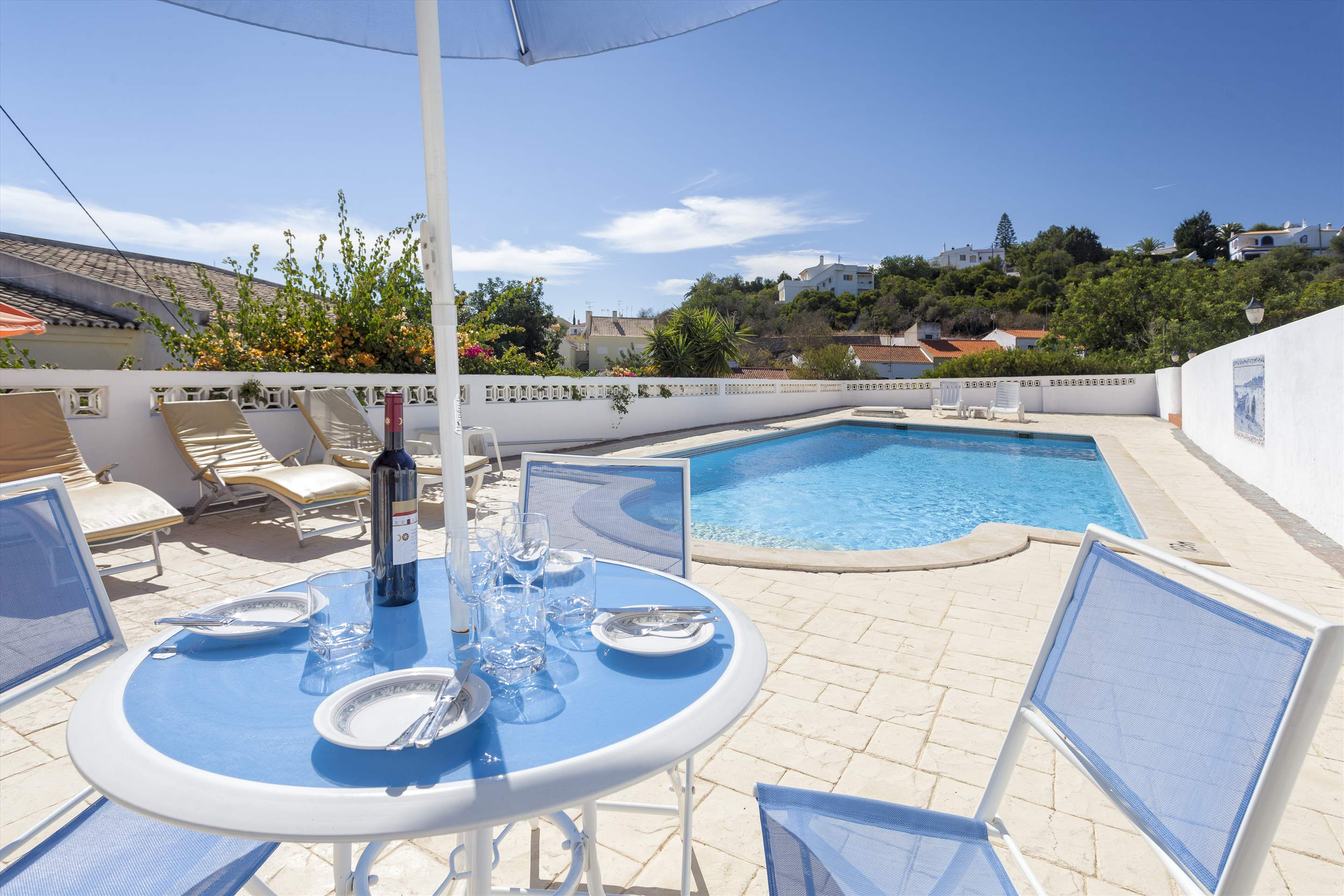 Villa Alice, 3 bedroom villa in Carvoeiro Area, Algarve Photo #2