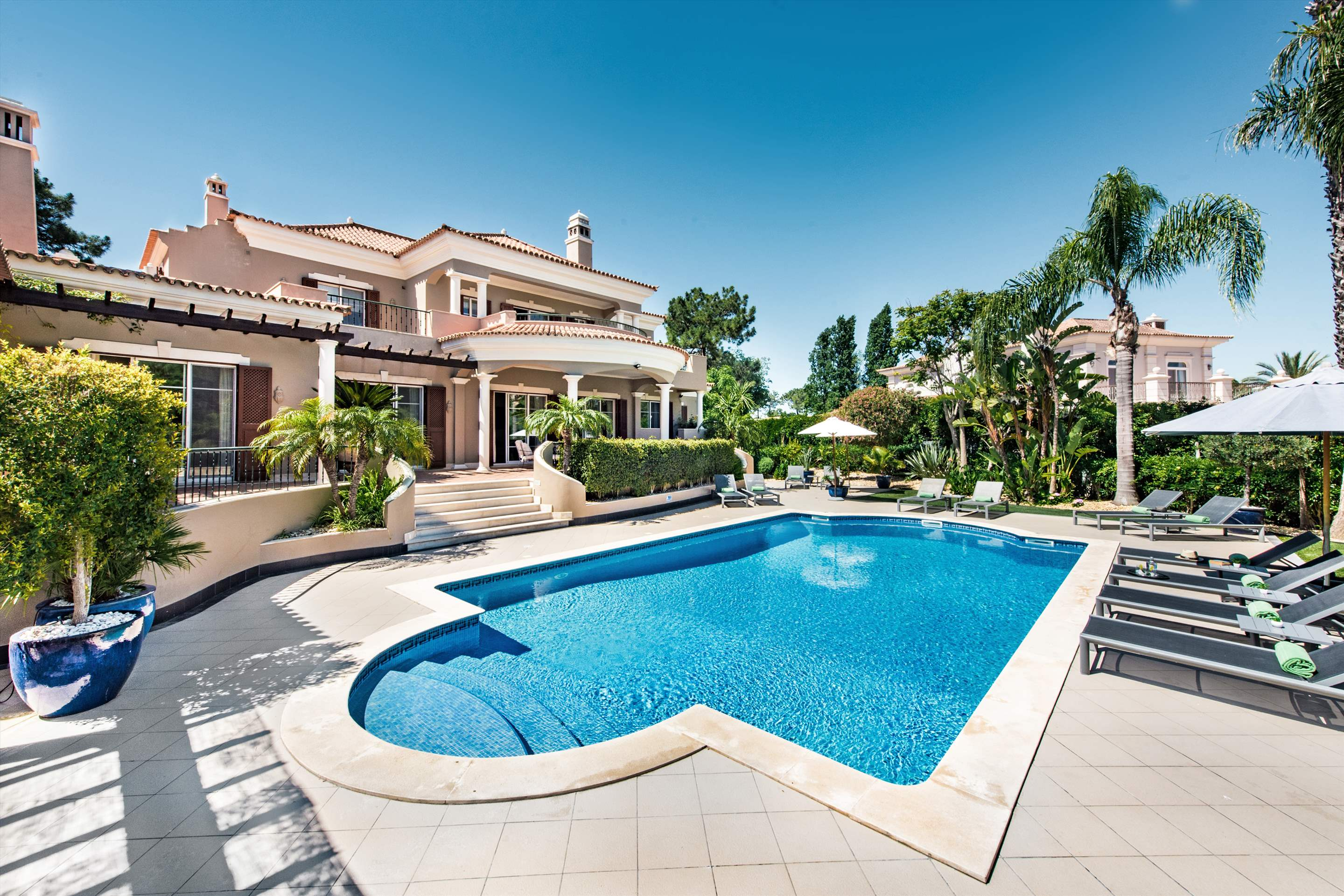 Villa San Lorenzo, 6 bedroom villa in Quinta do Lago, Algarve