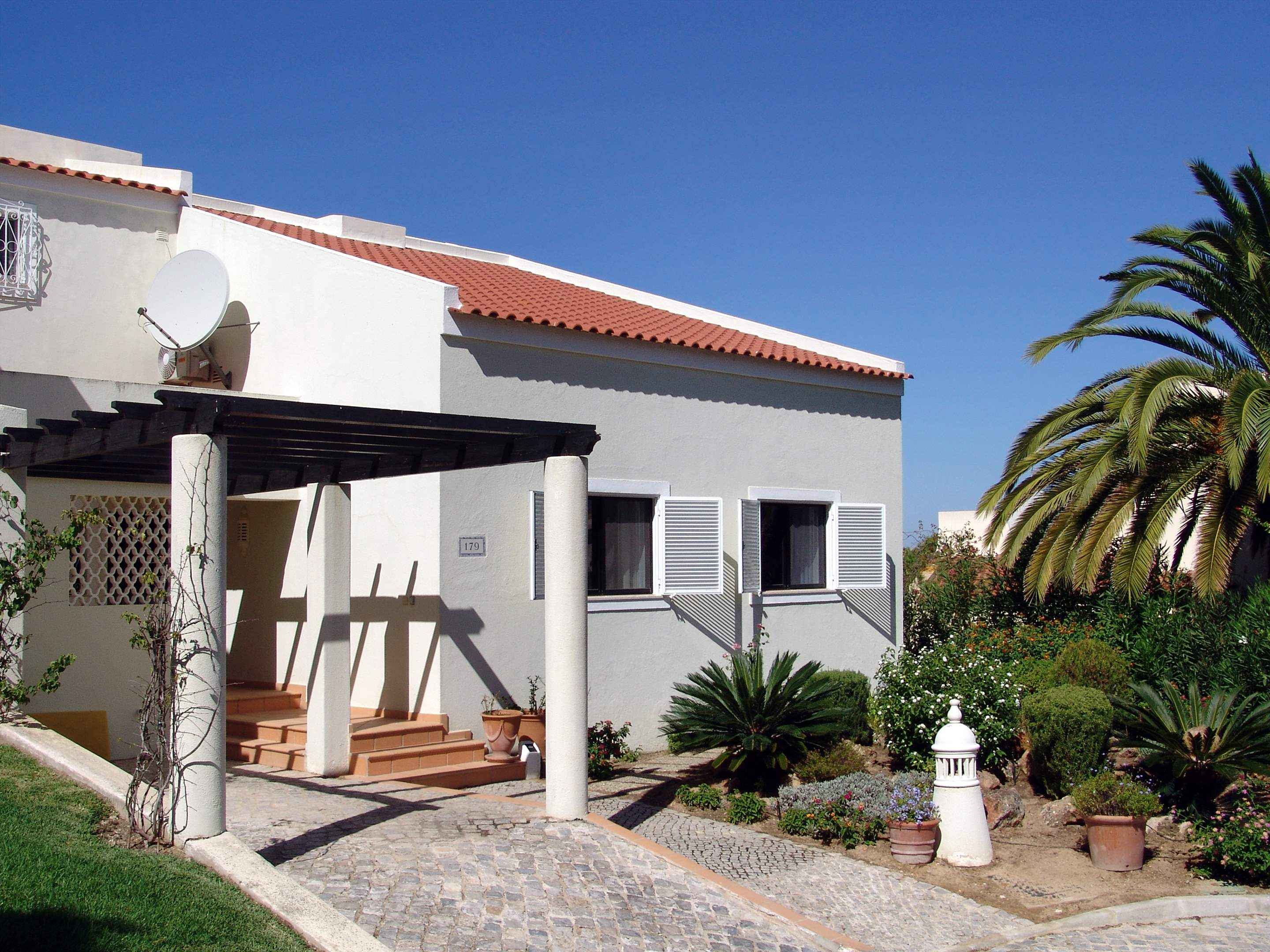 Villa Cascata, 4 Bedroom, 4 bedroom villa in Vale do Lobo, Algarve Photo #18